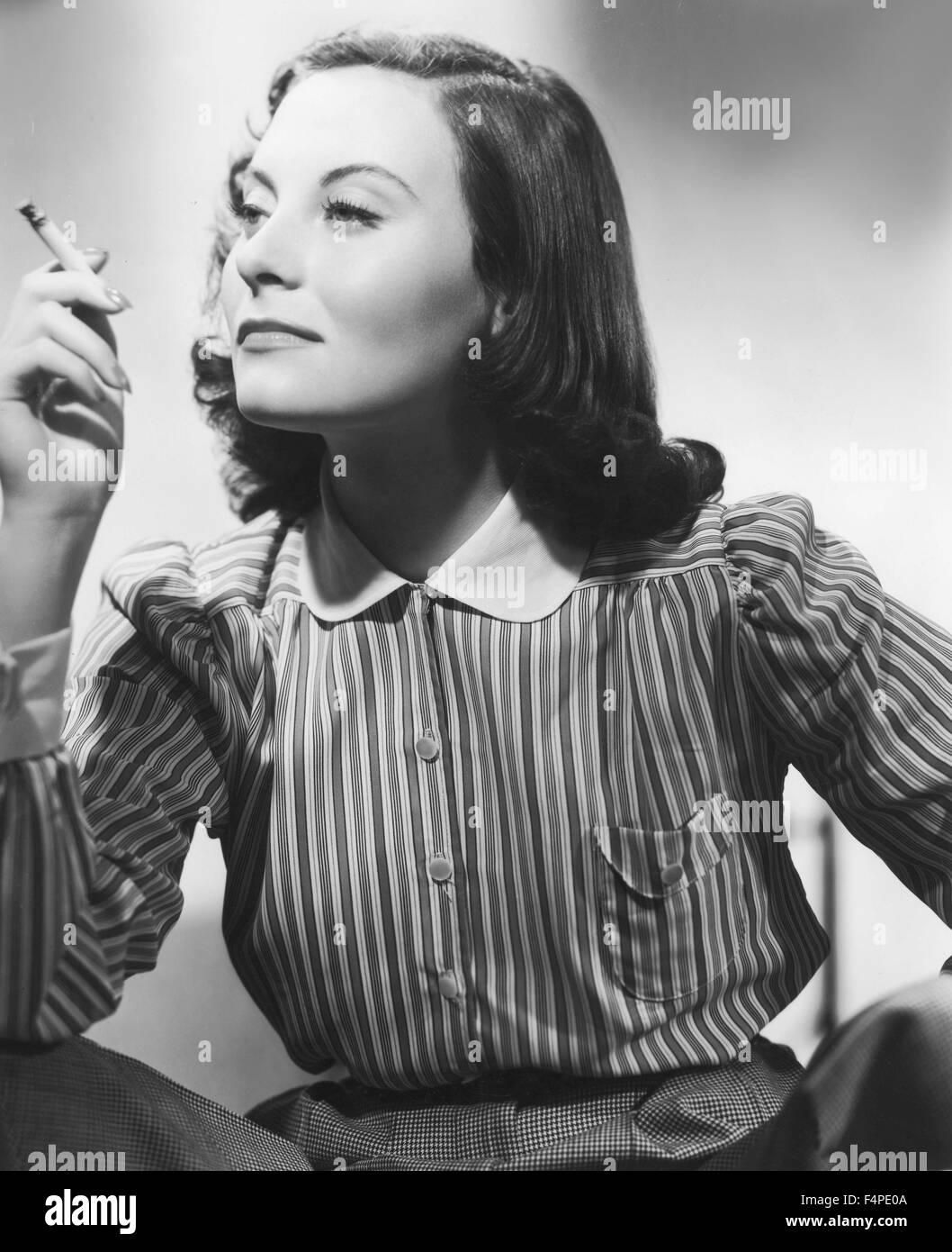 Sarah Roberts (actress) photo