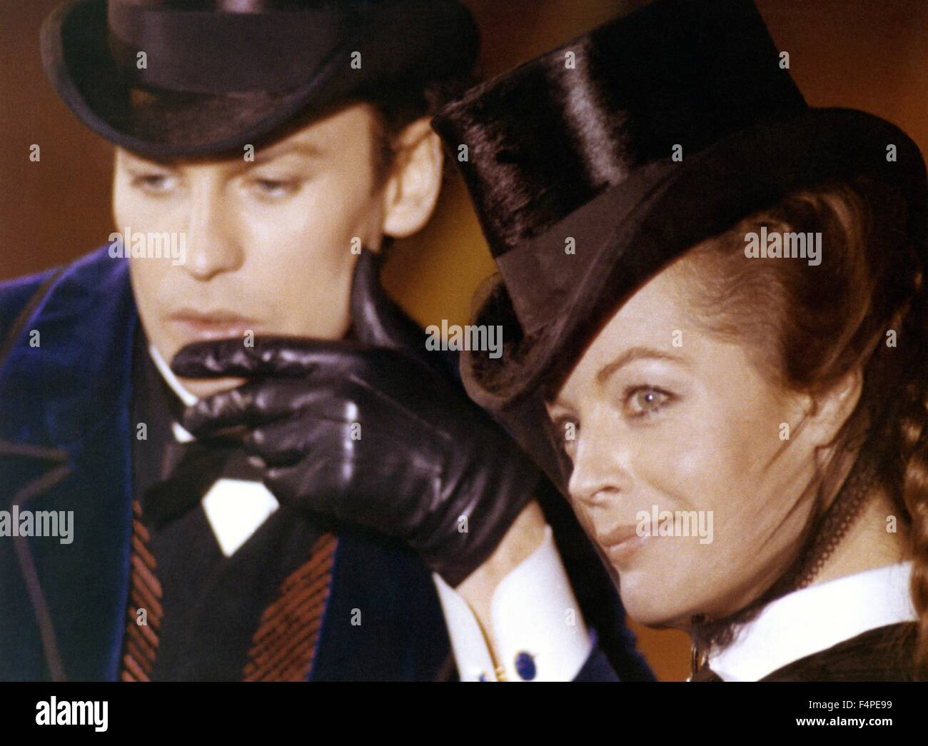 Helmut Berger and Romy Schneider / Ludwig : The Mad King of Bavaria / 1972 directed by Luchino Visconti Stock Photo