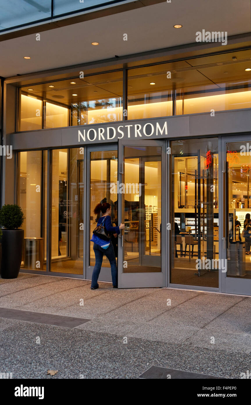 Nordstrom Department Store Shop Stock Photos & Nordstrom Department ...