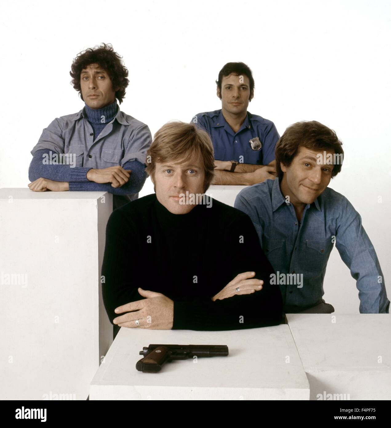 Ron Liebman, Paul Sand, Robert Redford and George Segal / The Hot Rock / 1972 directed by Peter Yats - Stock Image