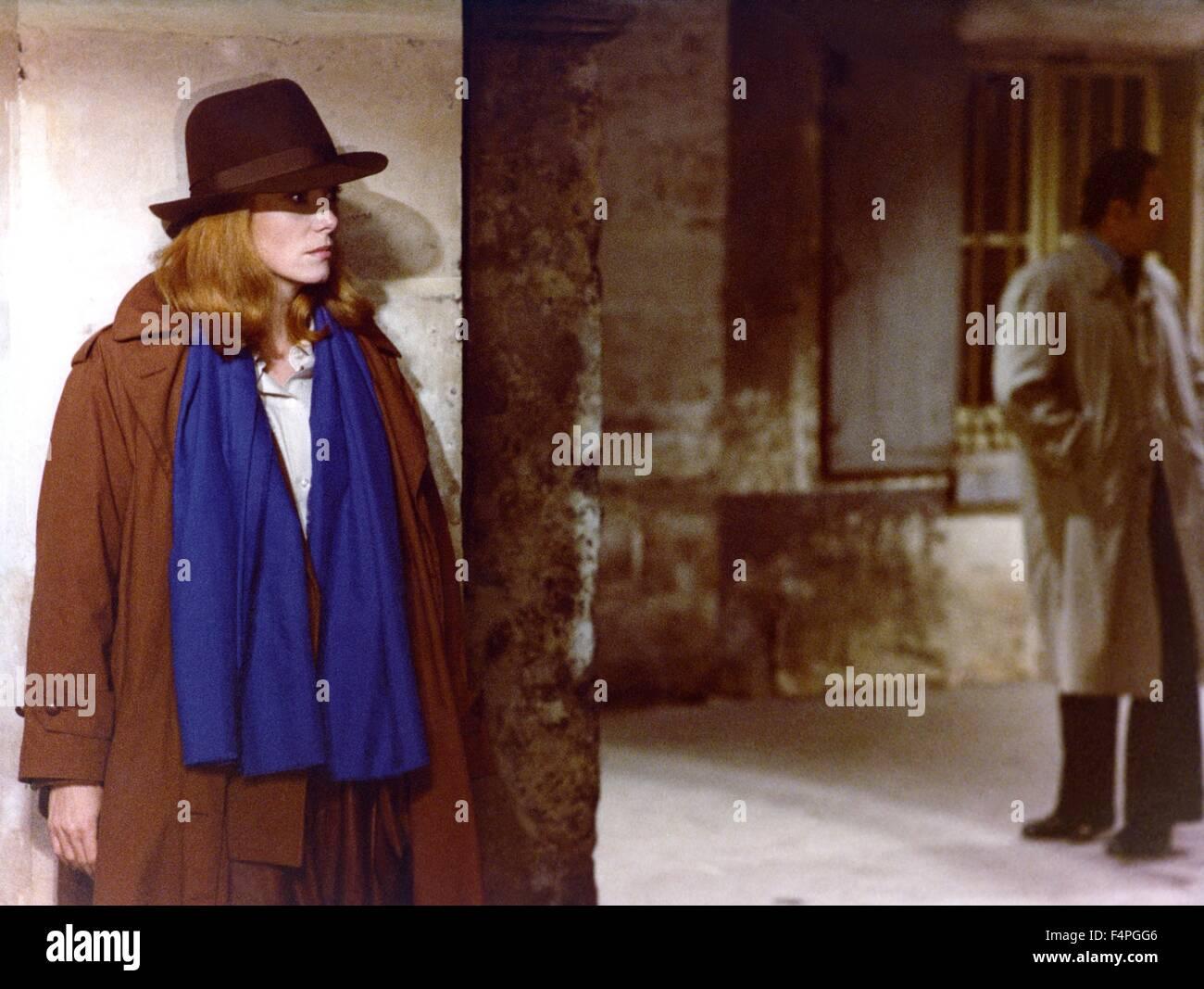 Catherine Deneuve / Look See... / 1978 directed by Hugo Santiago - Stock Image