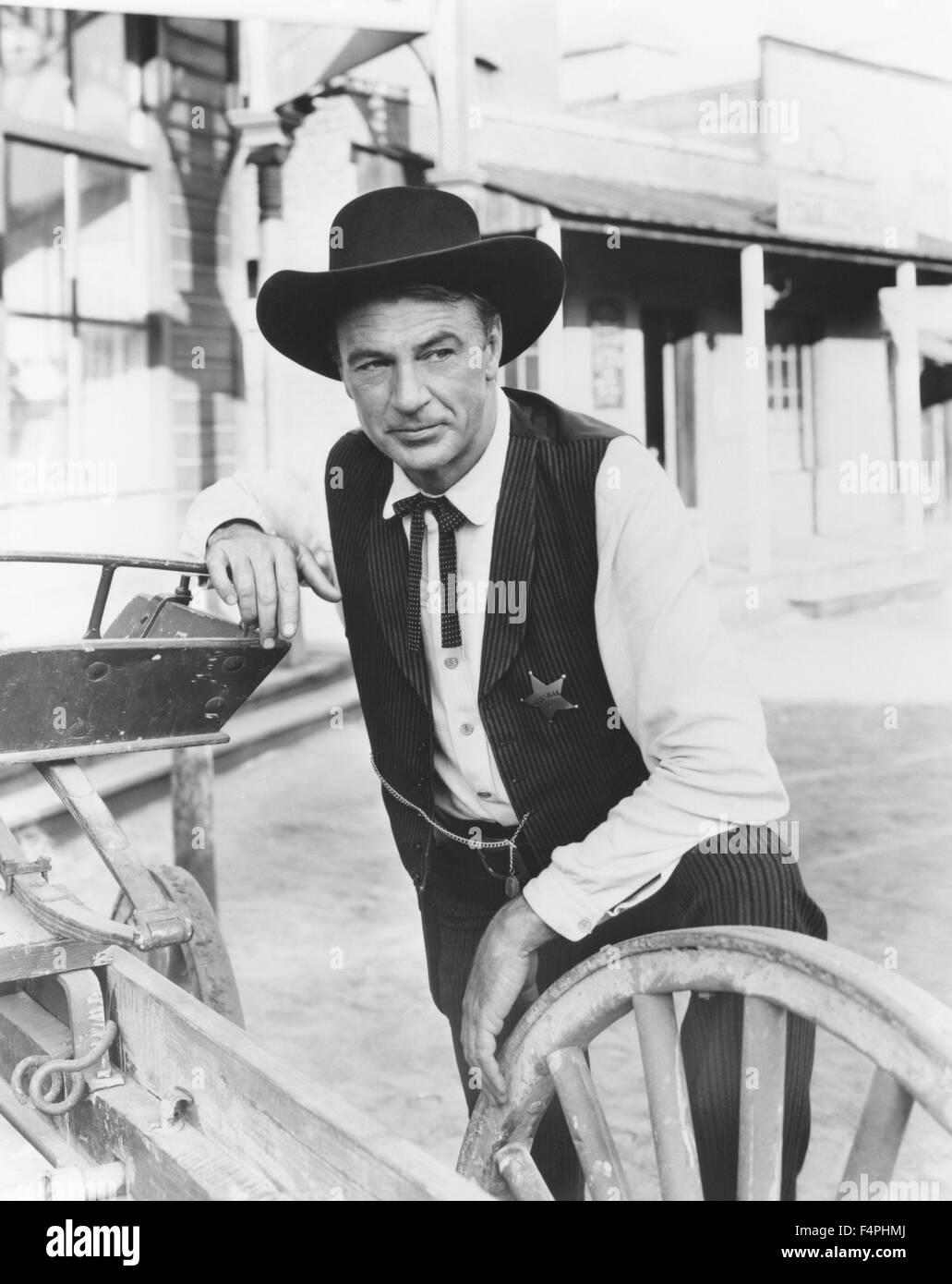 Gary Cooper / High Noon / 1952 directed by Fred Zinnemann [United Artists] - Stock Image