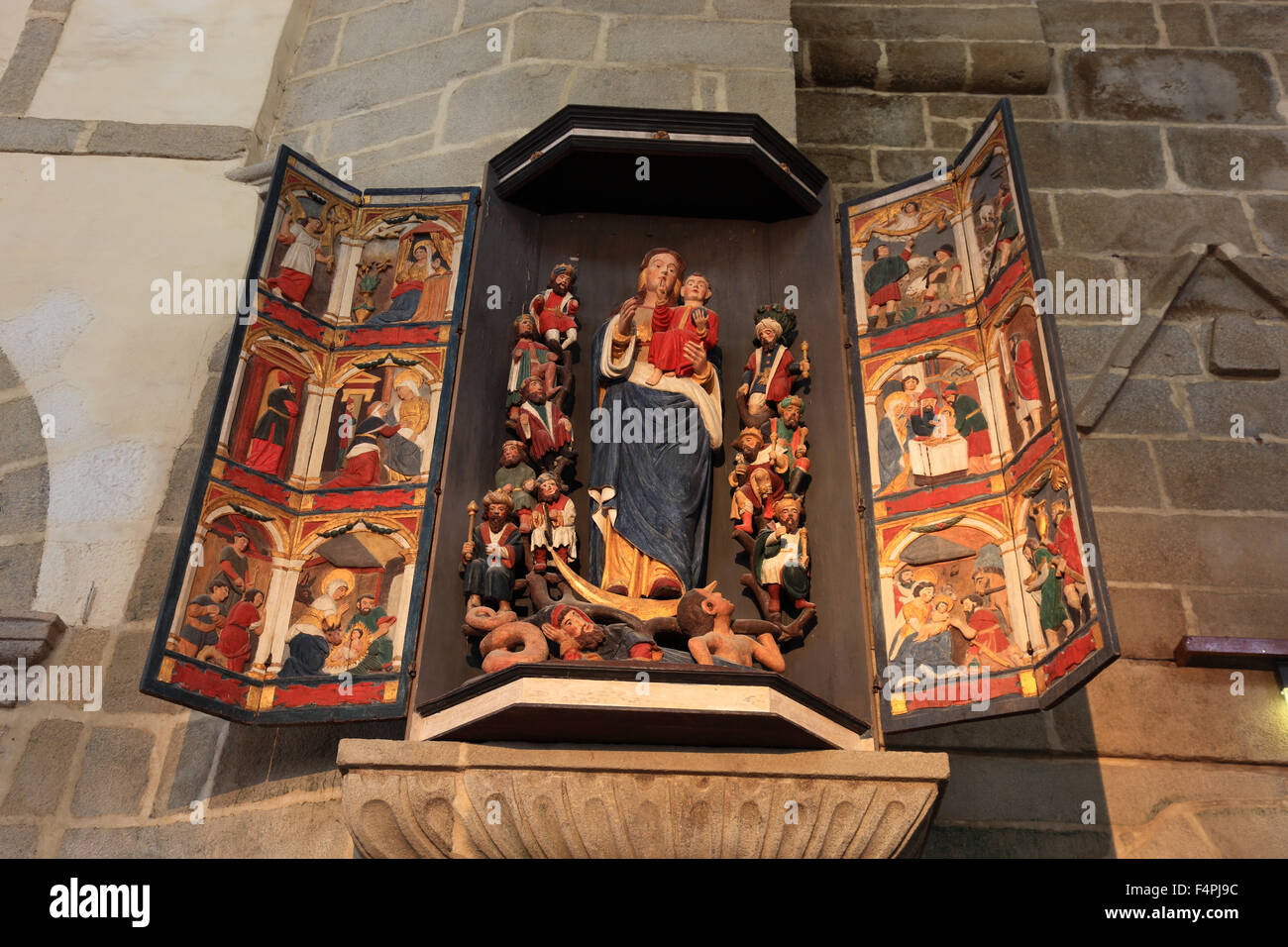 France, Brittany, Saint-Thegonnec, Saints in the church Notre-Dame Stock Photo