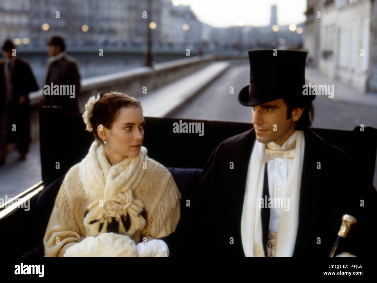 Winona Ryder and Daniel Day-Lewis / The Age of Innocence ...