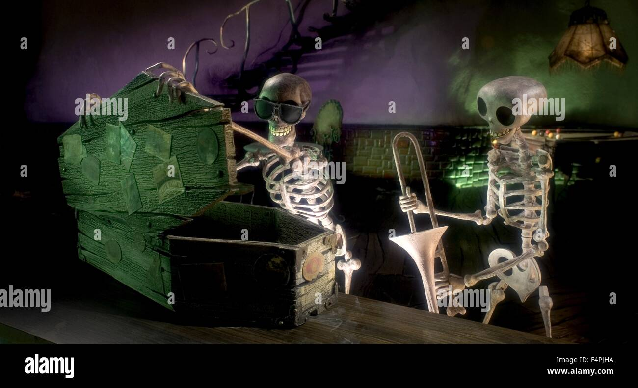 Residents of the Land of the Dead / Corpse Bride / 2005 directed by Tim Burton [WARNER BROS. PICTURES] - Stock Image