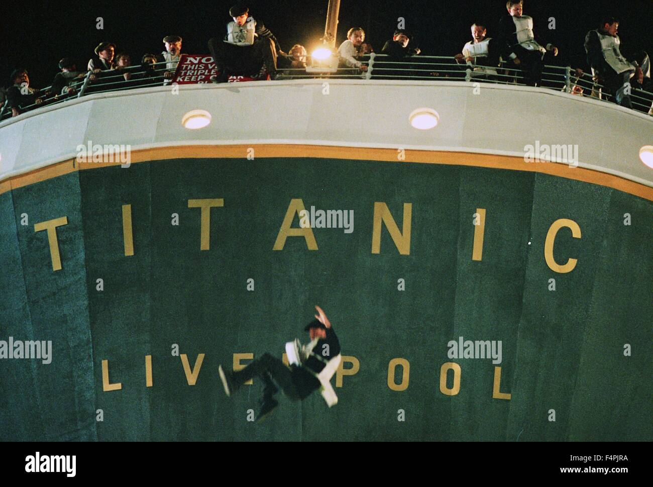 Titanic / 1997 directed by James Cameron [Twentieth Century Fox Pictures] - Stock Image
