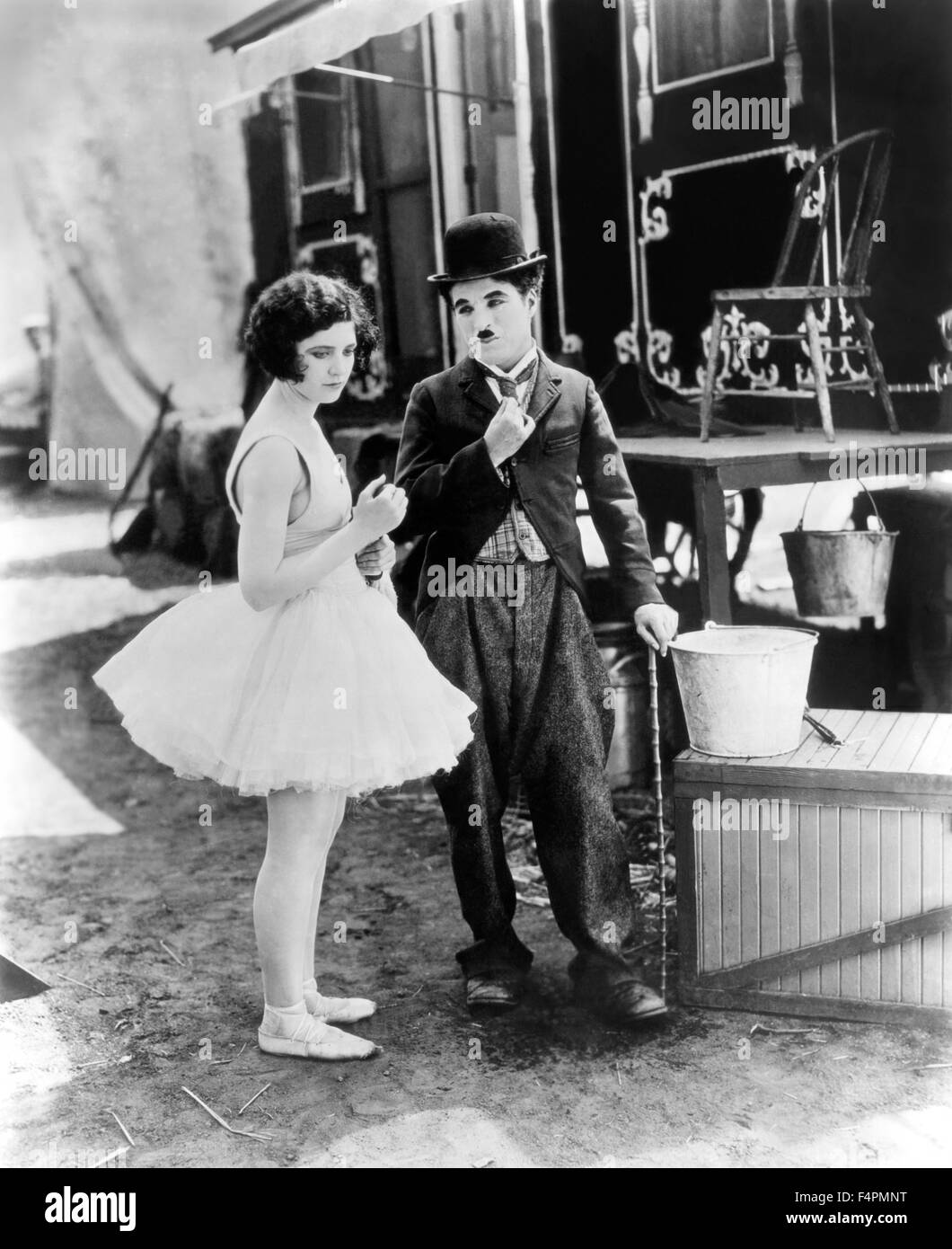 Merna Kennedy and Charles Chaplin / The Circus / 1928 directed by Charles Chaplin [United Artists] - Stock Image