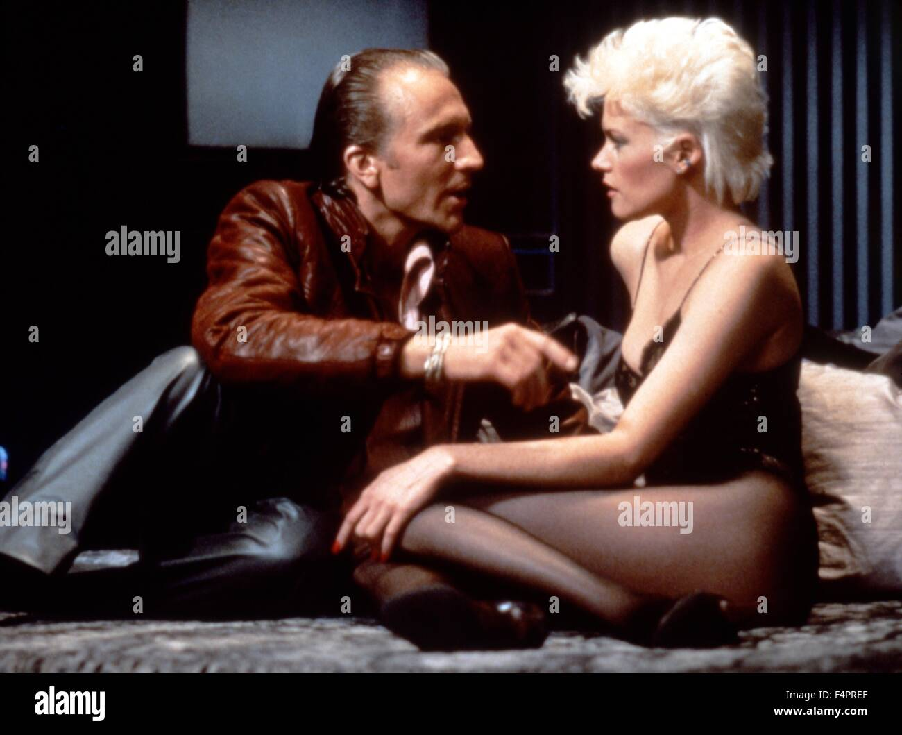 Craig Wasson and Melanie Griffith / Body Double / 1984 directed by Brian De Palma [Columbia Pictures] - Stock Image
