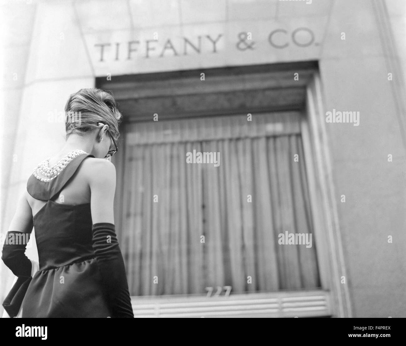 Audrey Hepburn / Breakfast at Tiffany's / 1961 directed by Blake Edwards  [Paramount Pictures] - Stock Image