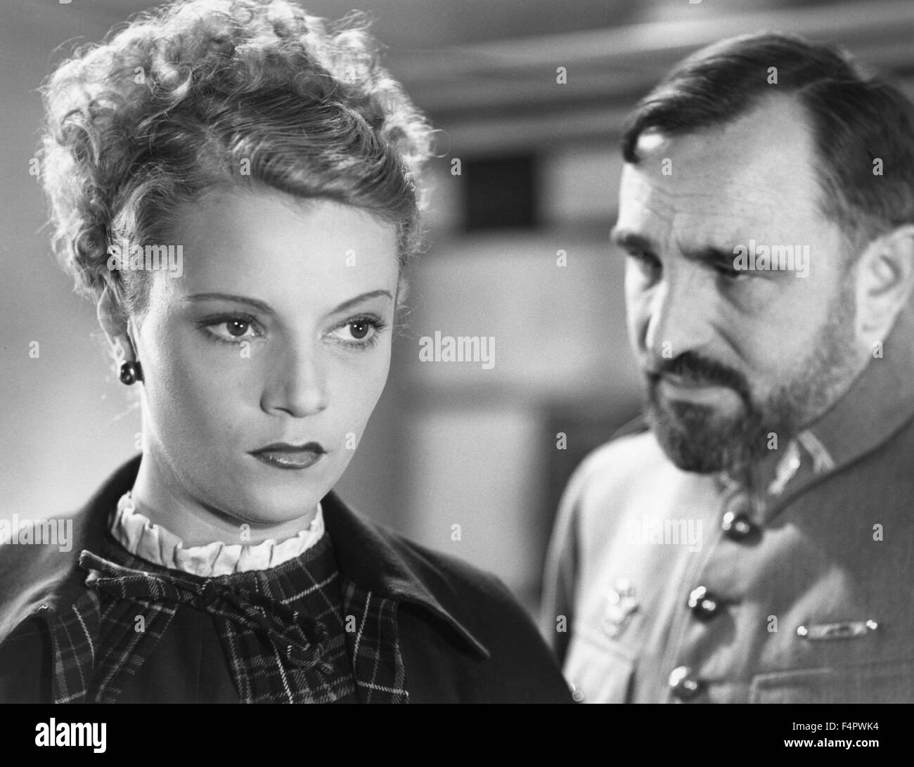 Annabella and Charles Vanel / Flight Into Darkness / 1935 directed by Anatole Litvak [Pathe] - Stock Image