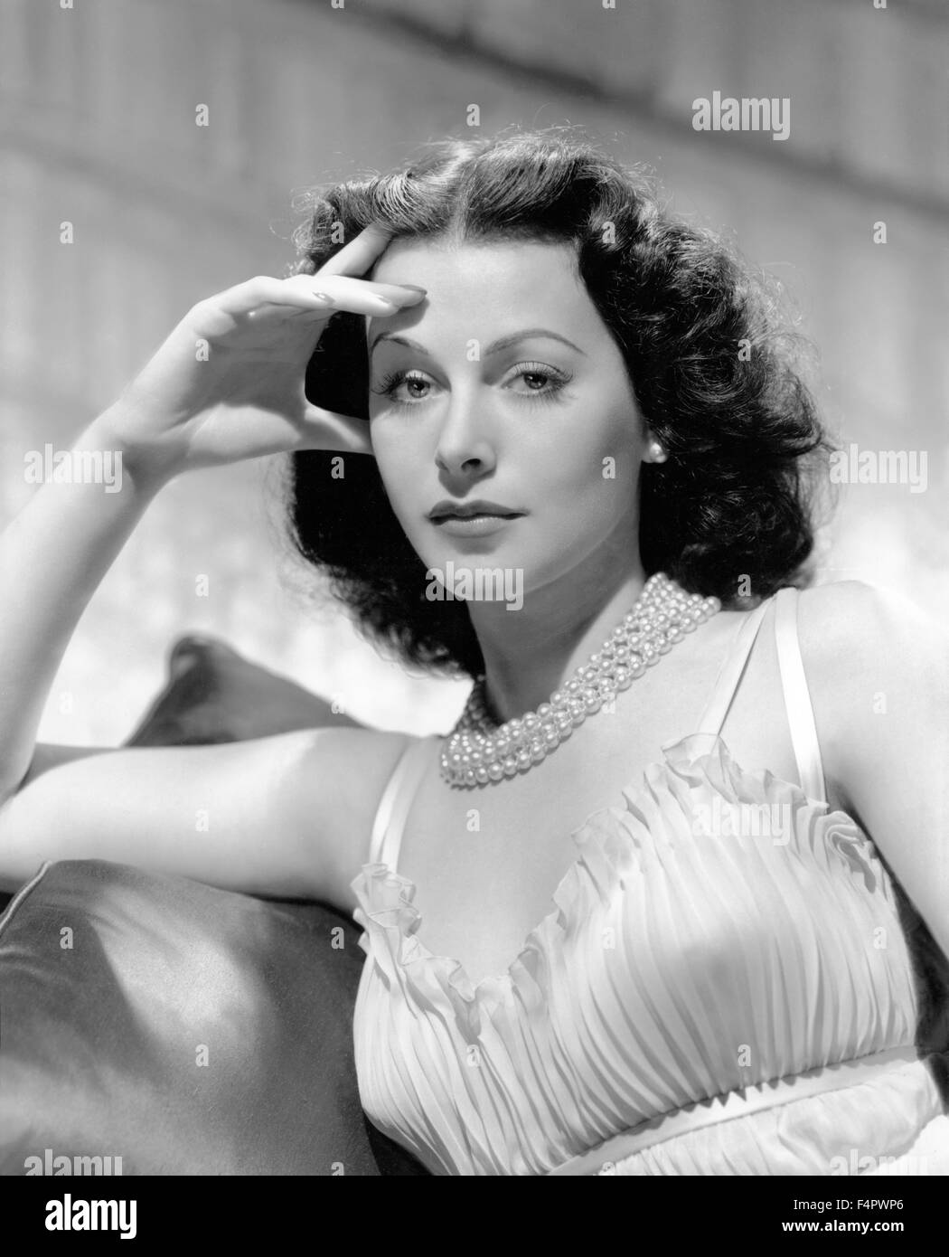 Hedy Lamarr / The Heavenly Body / 1943 directed by Alexander Hall  [Clarence Sinclair Bull / Metro-G] - Stock Image
