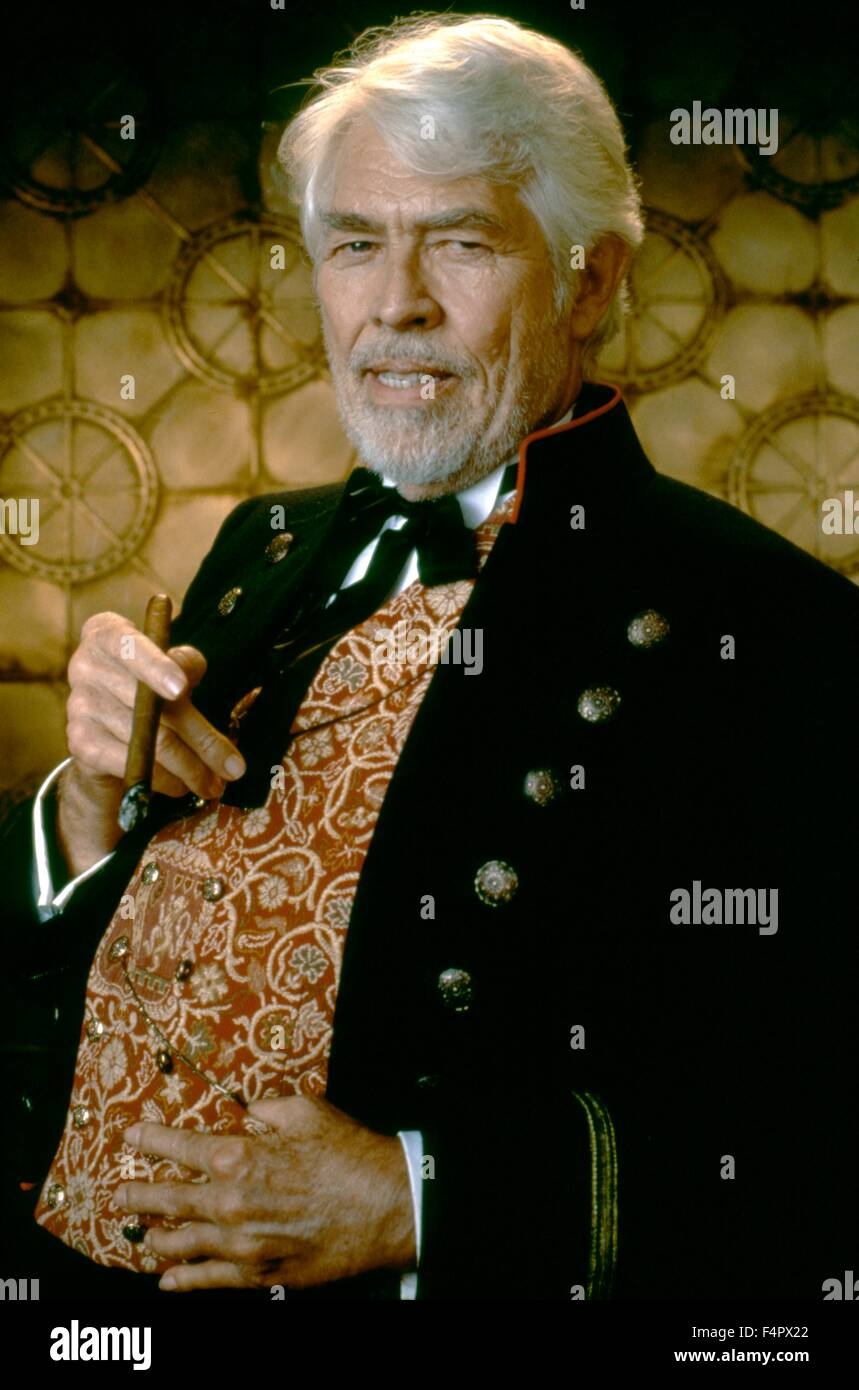 James Coburn Maverick 1994 Directed By Richard Donner Warner Stock Photo Alamy