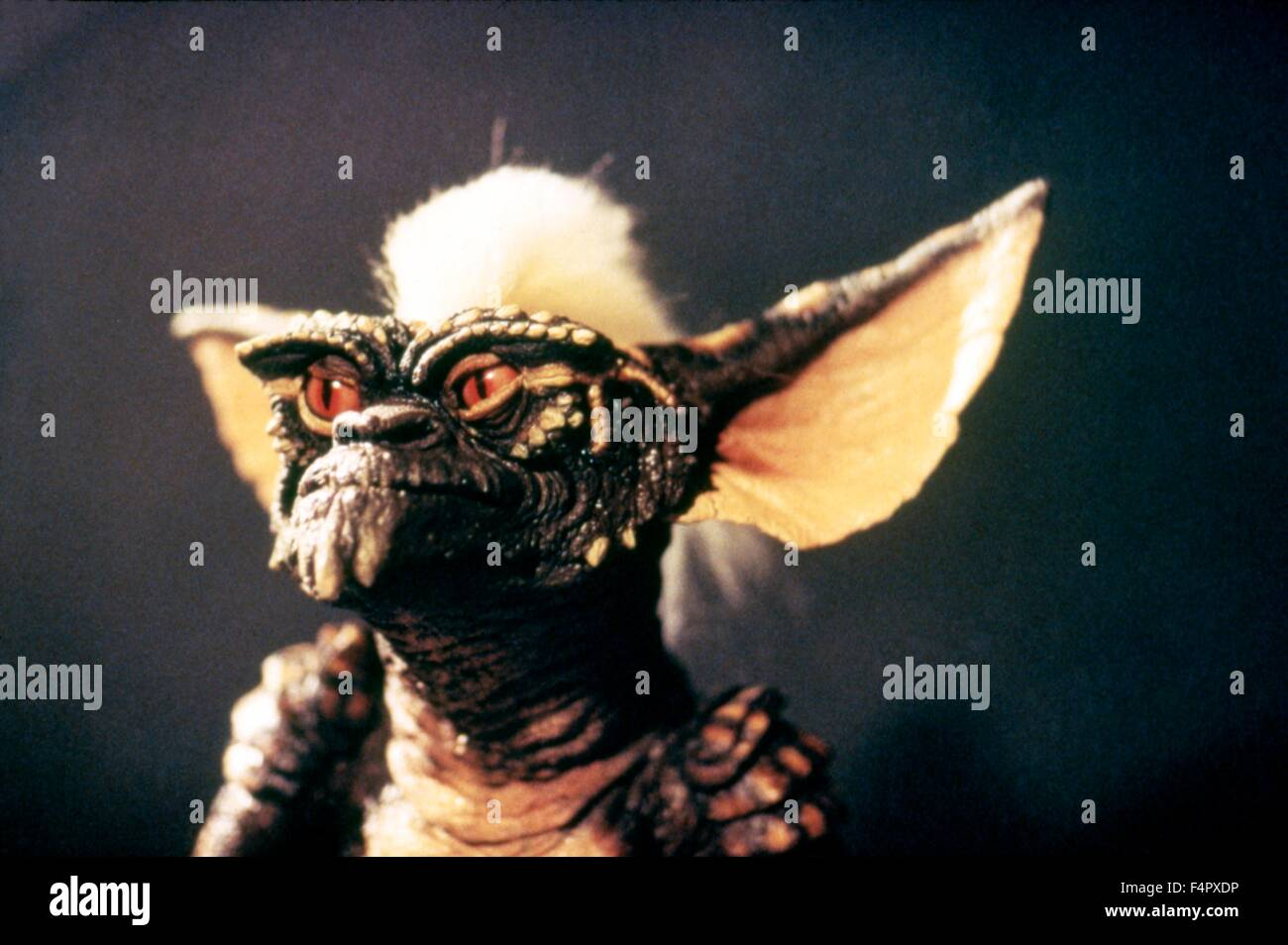 Gremlins / 1984 / directed by Joe Dante / [Warner Bros. Pictures / Amblin E] - Stock Image