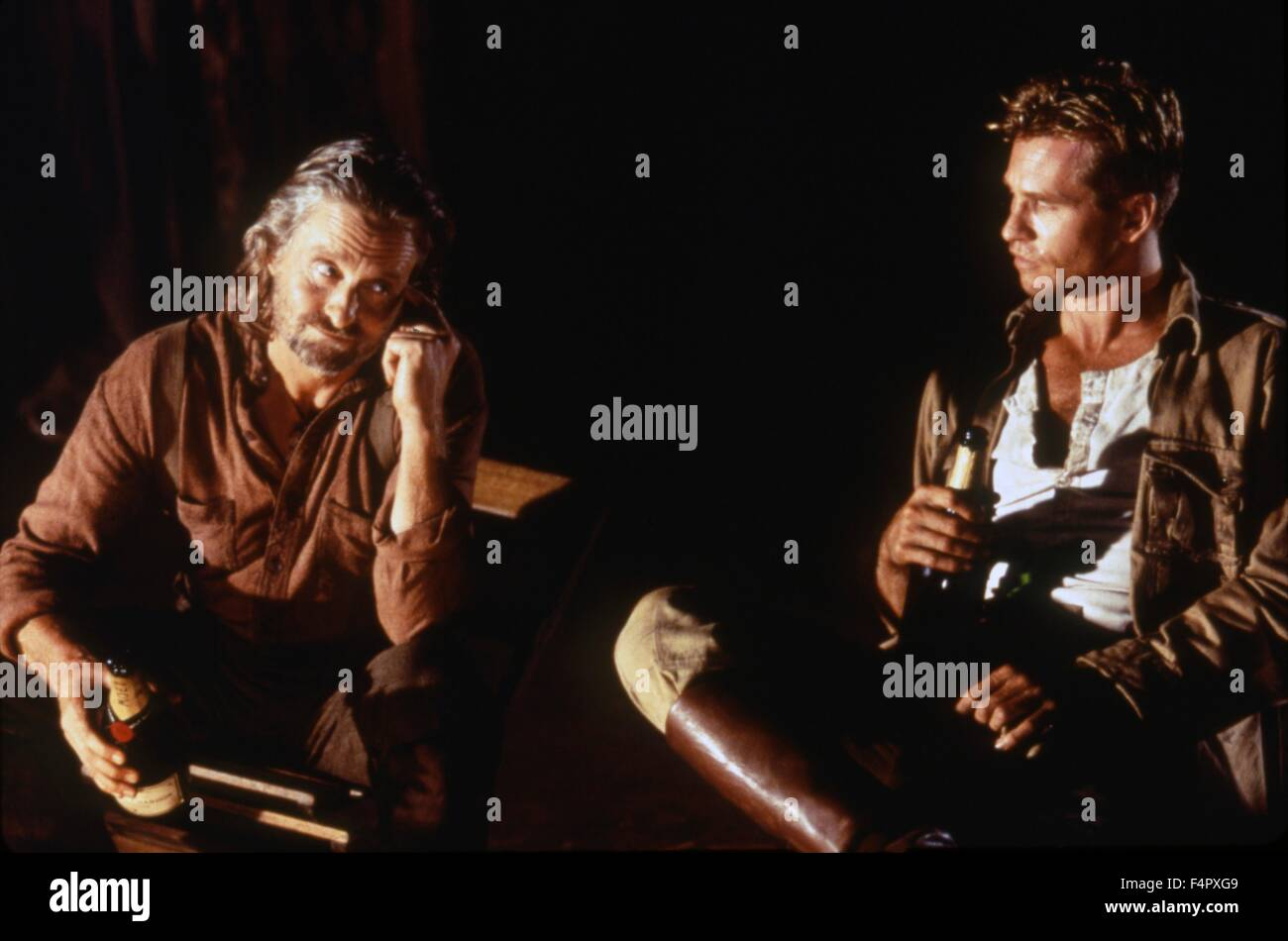 Michael Douglas and Val Kilmer  / The Ghost And The Darkness / 1996 / directed by Stephen Hopkins / [Constellation - Stock Image