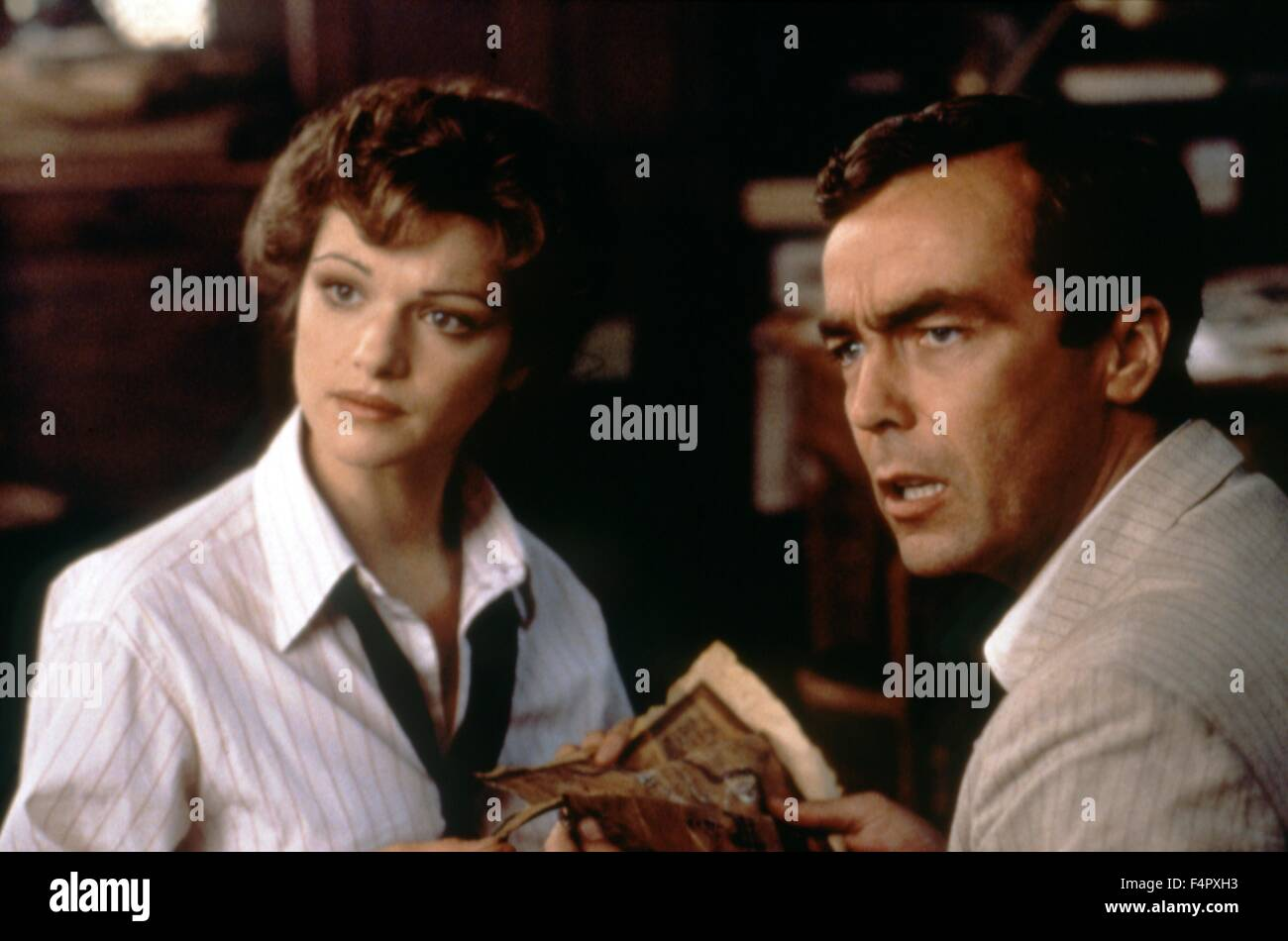 Rachel Weisz and John Hannah / The Mummy / 1999 / directed by Stephen Sommers / [Universal Pictures] - Stock Image
