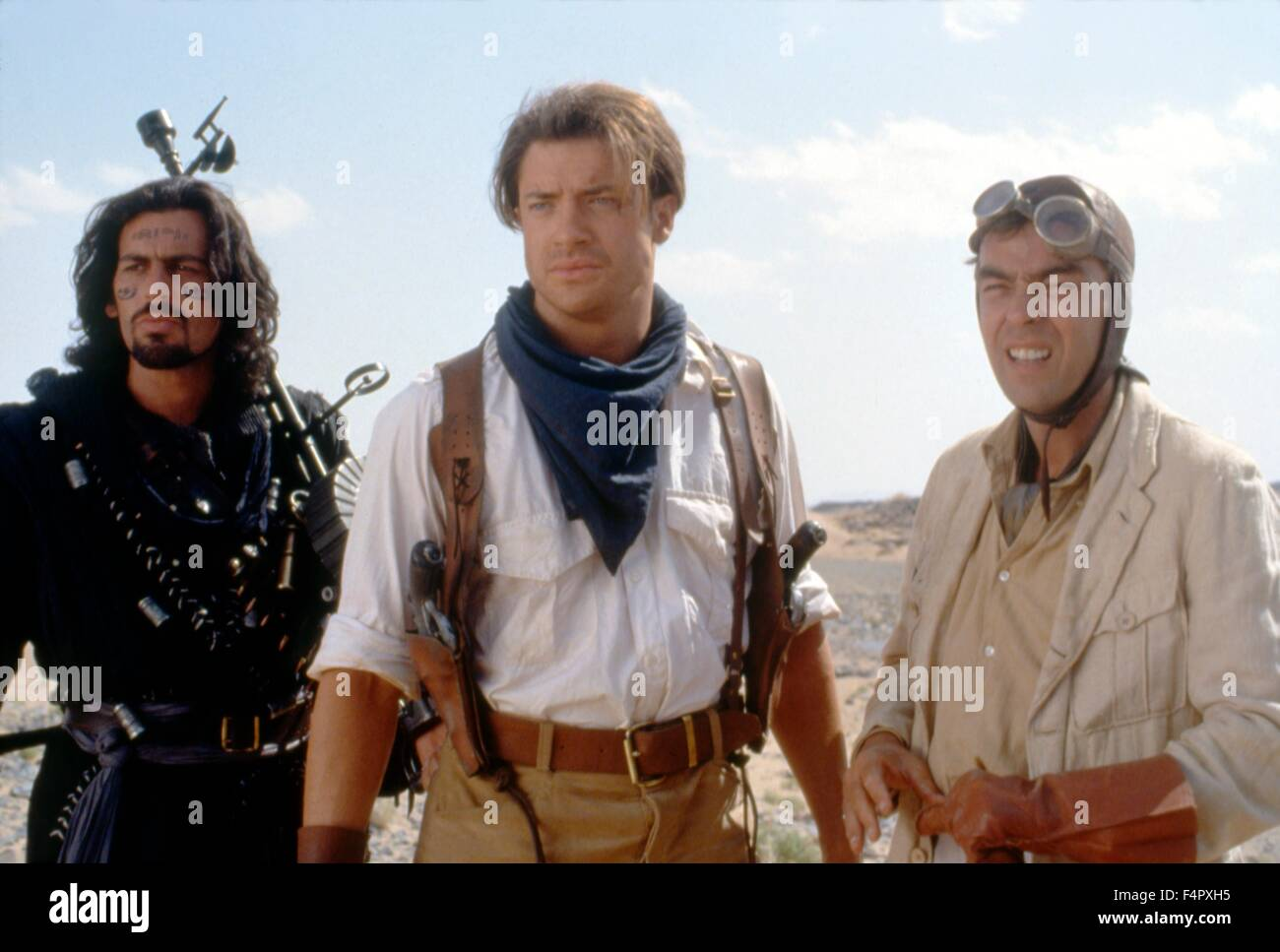 Oded Fehr, Brendan Fraser and John Hannah / The Mummy / 1999 / directed by Stephen Sommers / [Universal Pictures] - Stock Image