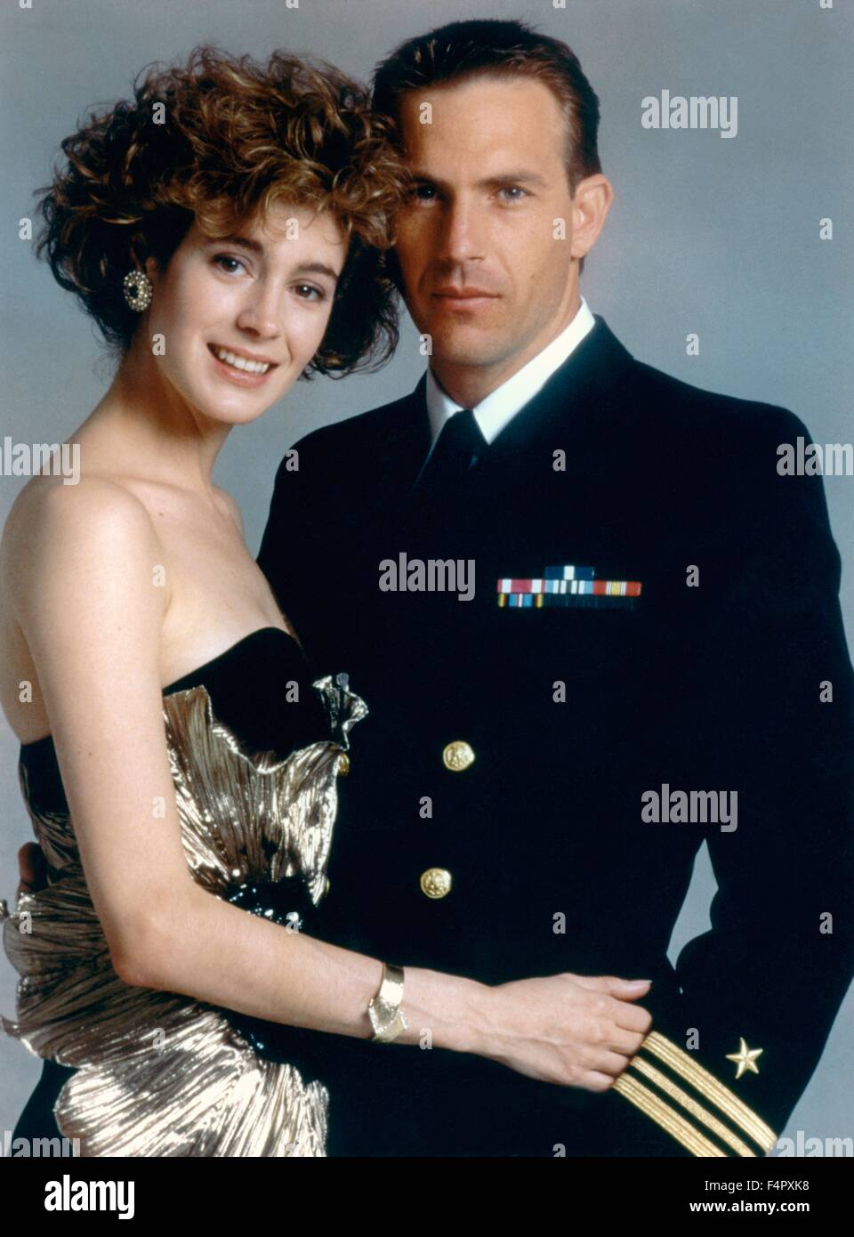 Sean Young and Kevin Costner / No Way Out / 1987 / directed by Roger Donaldson / [Orion Pictures] - Stock Image