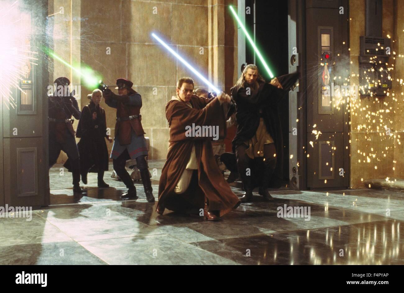 Liam Neeson And Ewan Mcgregor Star Wars Episode I The Phantom Stock Photo Alamy