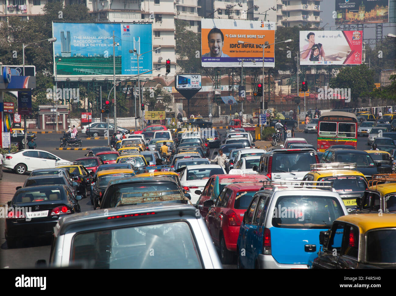 India, Tamil Nadu, Chennai, Madras, city, traffic congestion, traffic, chaos, chaotic, congestion, gridlock, mass, - Stock Image