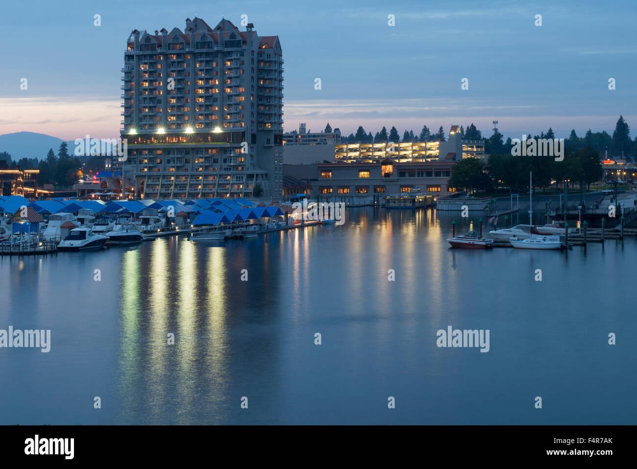USA, United States, America, Idaho, Coeur d'Alene, Rockies, rocky mountains, lakefront, building, dusk, lake, - Stock Image