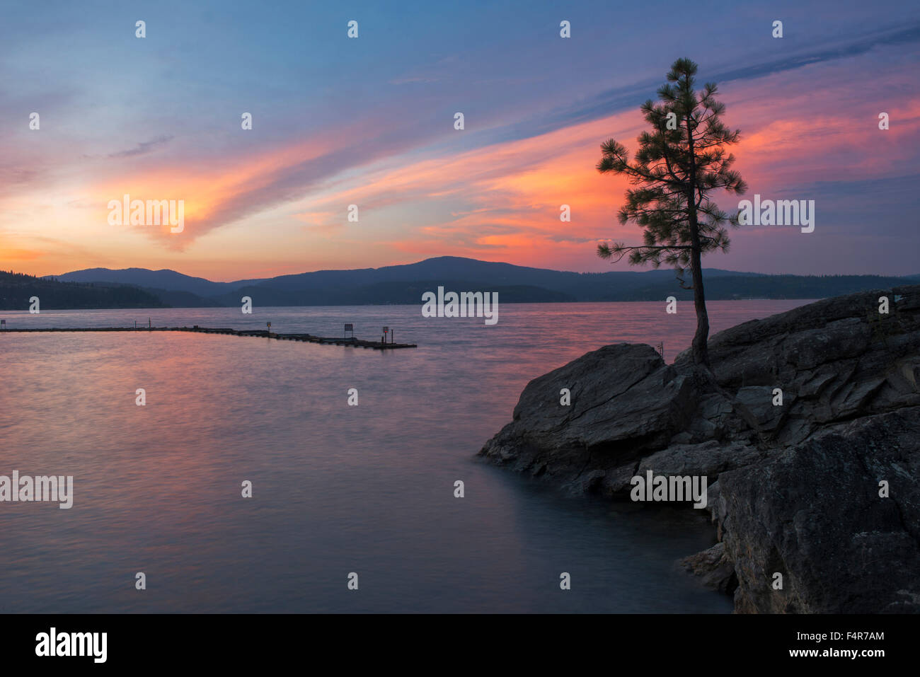 USA, United States, America, Idaho, Coeur d'Alene, shore, Rockies, rocky mountains, sunset, ship, lakefront, - Stock Image