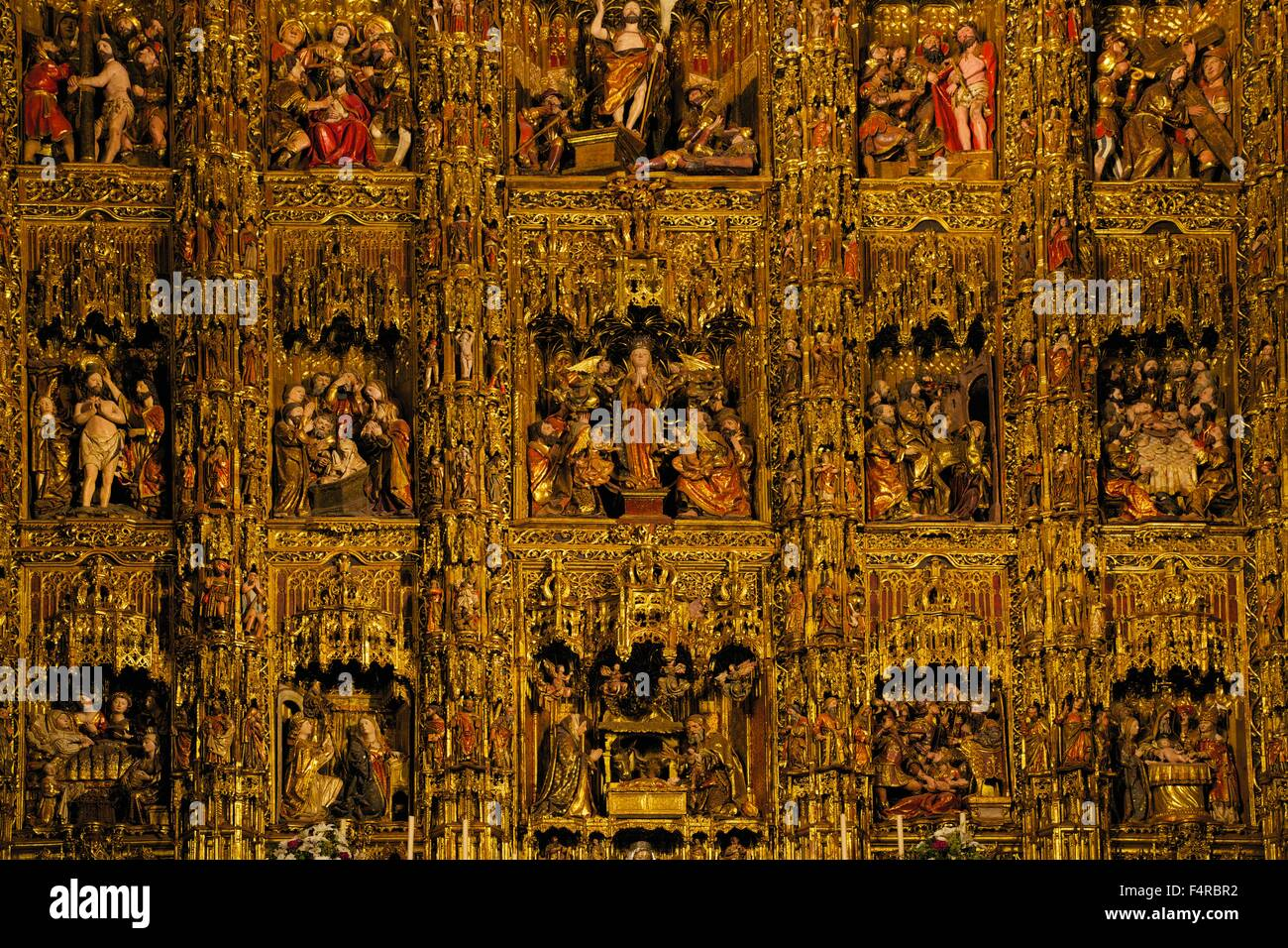 Retablo Mayor, reredos gilded relief panels, Seville Cathedral, Catedral Sevilla, Andalucia, Spain, Europe - Stock Image