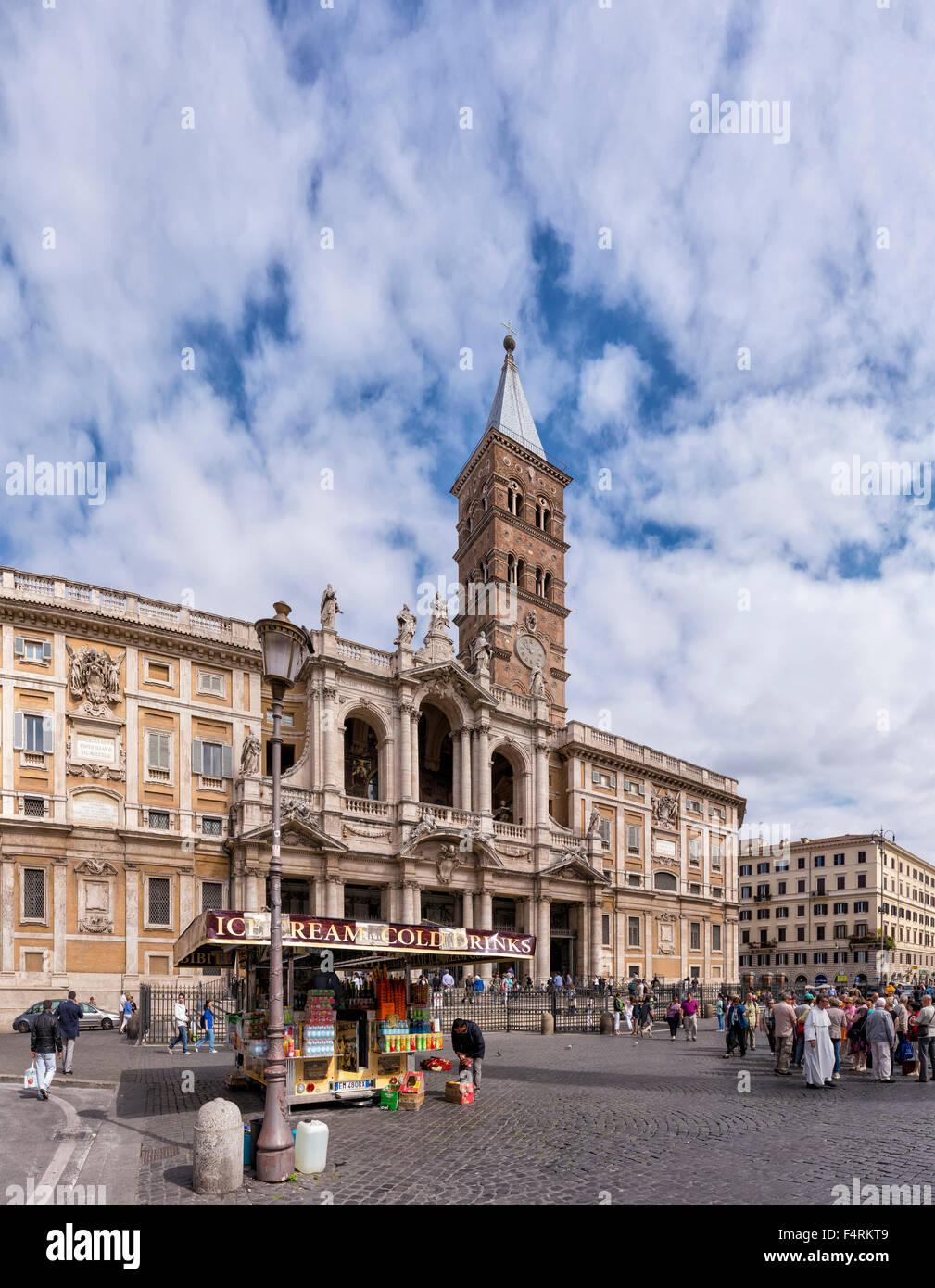 Italy, Europe, Lazio, Rome, Roma, city, village, spring, people, church, Piazza di Santa Maria Maggiore, square, - Stock Image