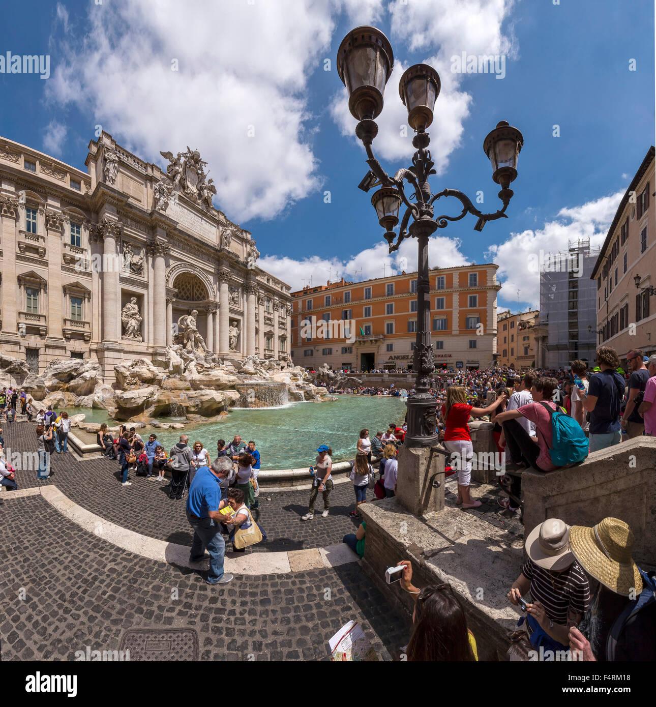 Italy, Europe, Lazio, Rome, Roma, city, village, water, spring, people, Fontana de Trevi, fountain - Stock Image