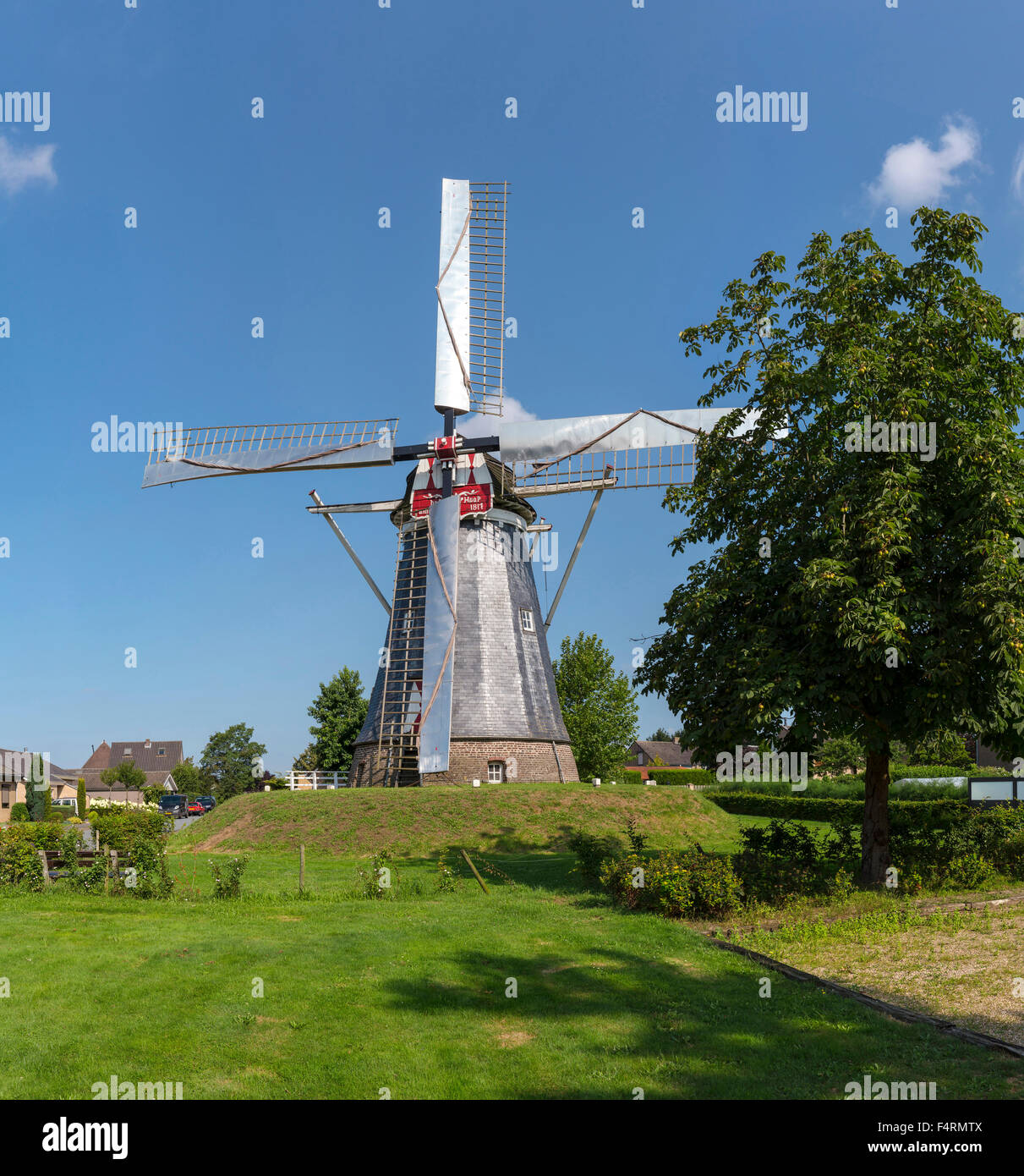Netherlands, Europe, Holland, Horn, Limburg, windmill, field, meadow, trees, summer, Hope - Stock Image
