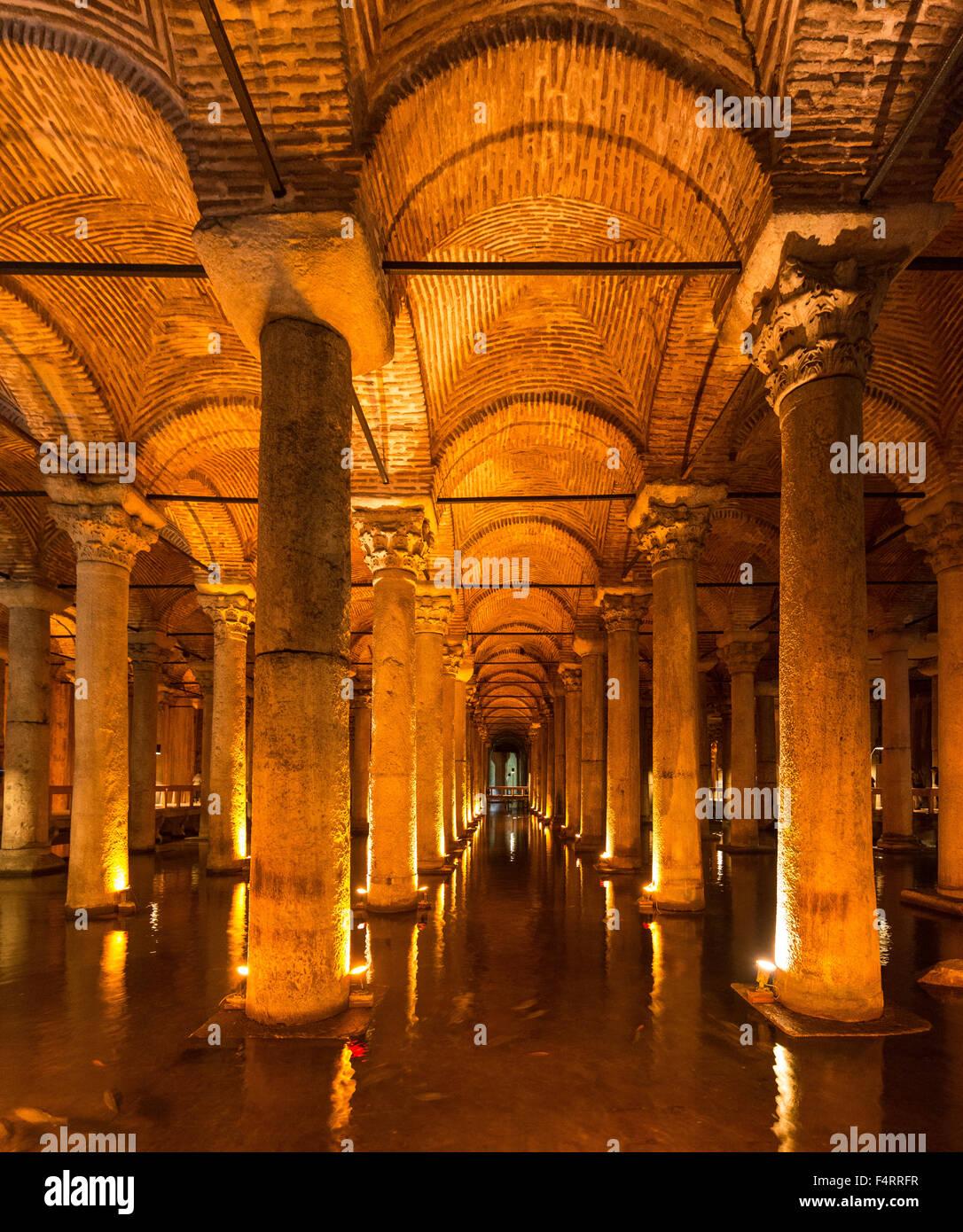 Yerebatan Cistern, Basilica Cistern, Sunken Palace, Istanbul, Turkey - Stock Image