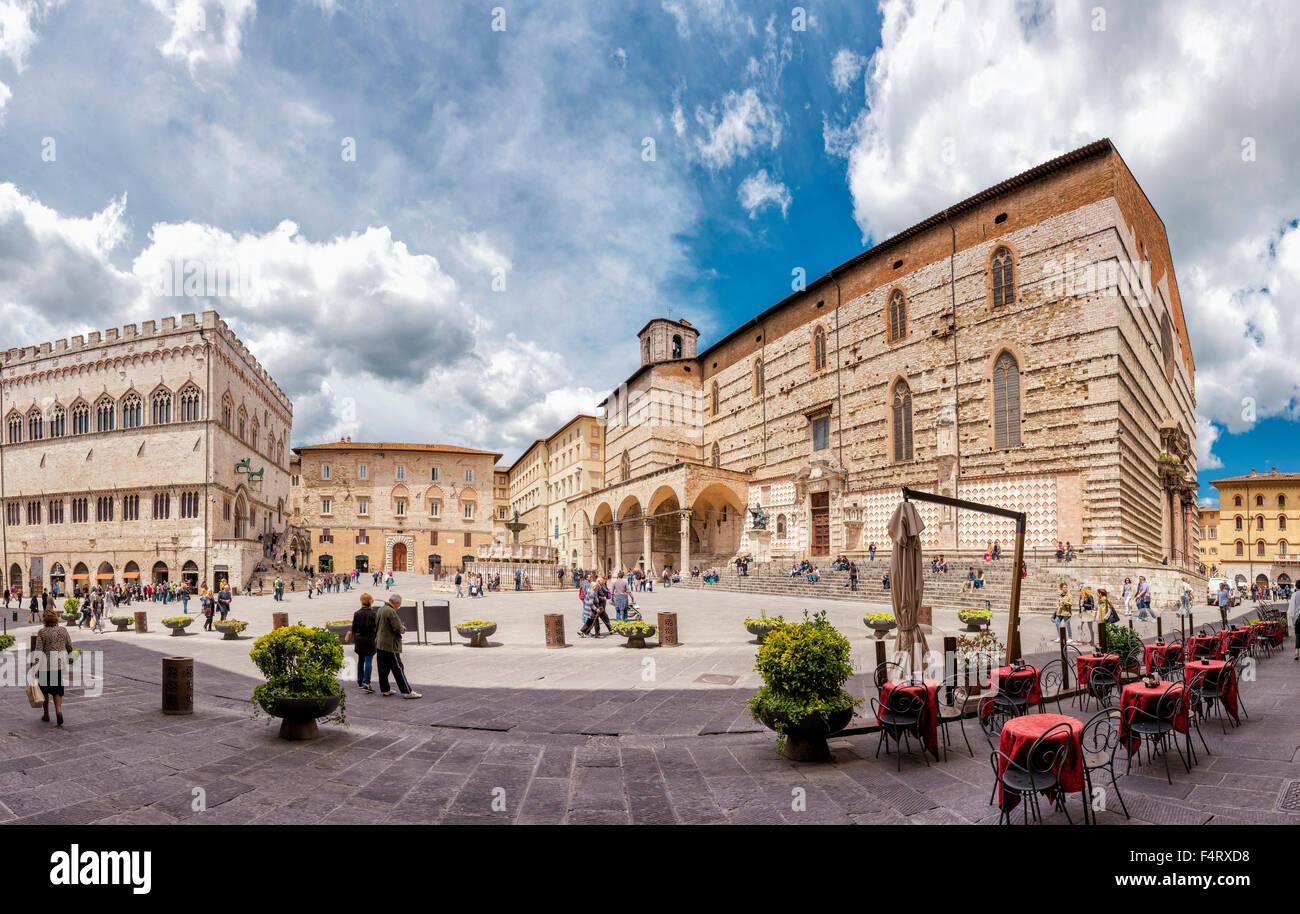Italy, Europe, Perugia, Umbria, Piazza IV Novembre, Cattedrale di San Lorenzo, cathedral, Palace, Palazzo dei Priori, Stock Photo