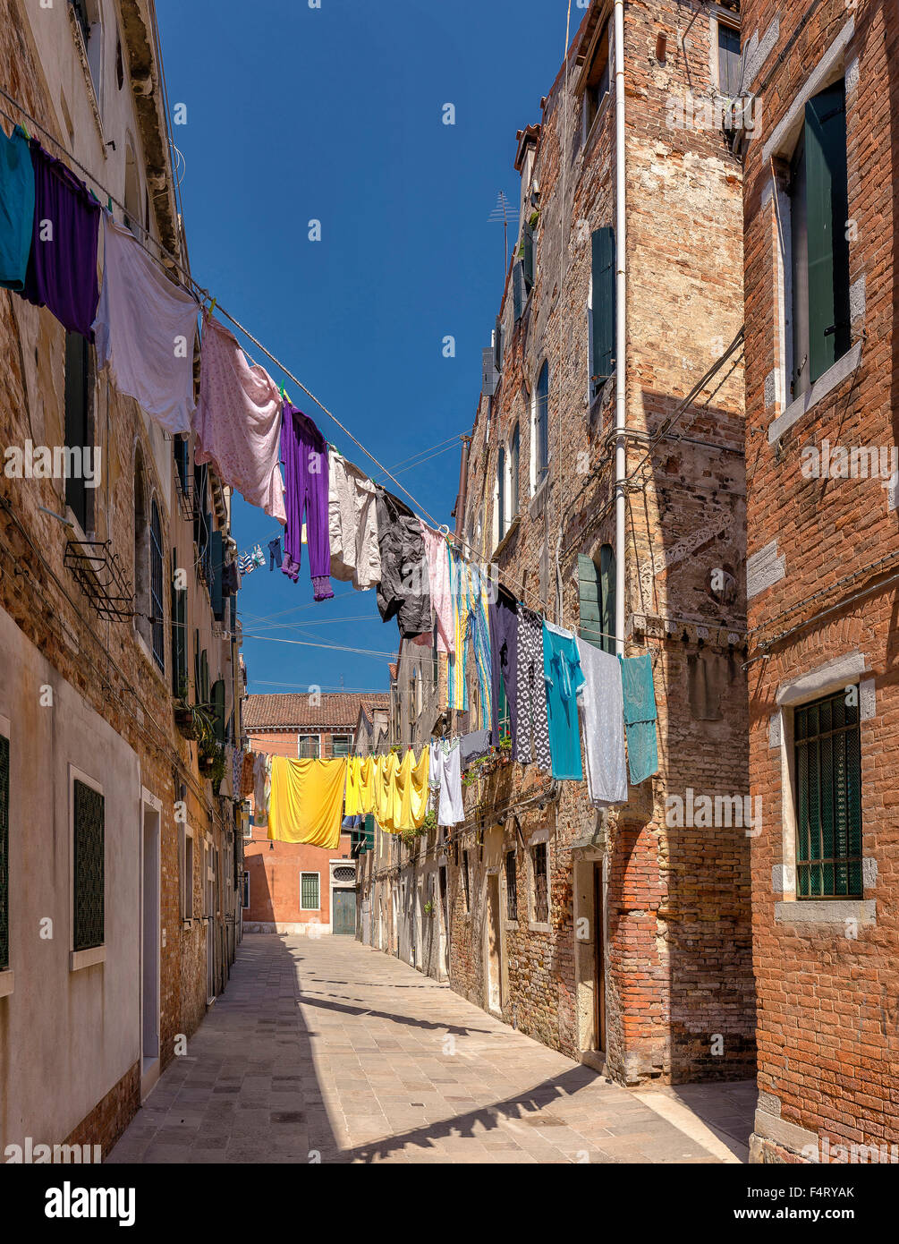 Italy, Europe, Venezia, Venice, Veneto, Drying, laundry, Calle Scudi, Castello, village, summer, - Stock Image