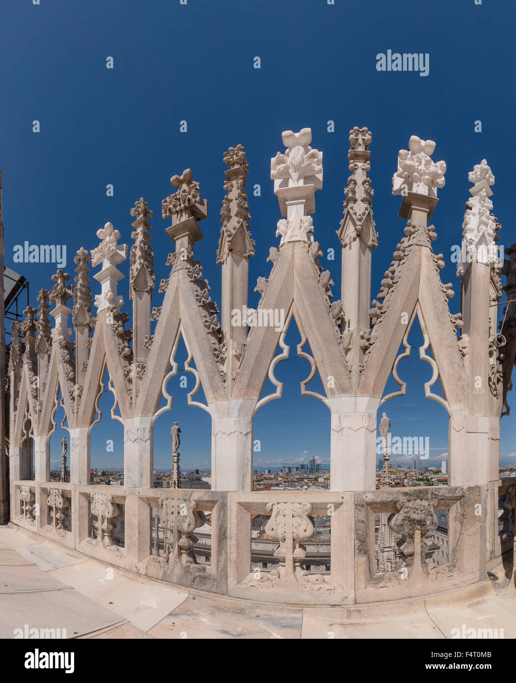 Italy, Europe, Milano, Lombardy, View, rooftop, Duomo di Milano, dome, city, summer, - Stock Image