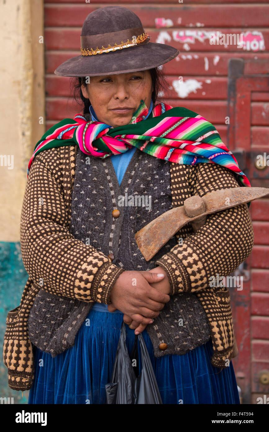 South America, Latin America, Peru, Juliaca, quechua woman, - Stock Image