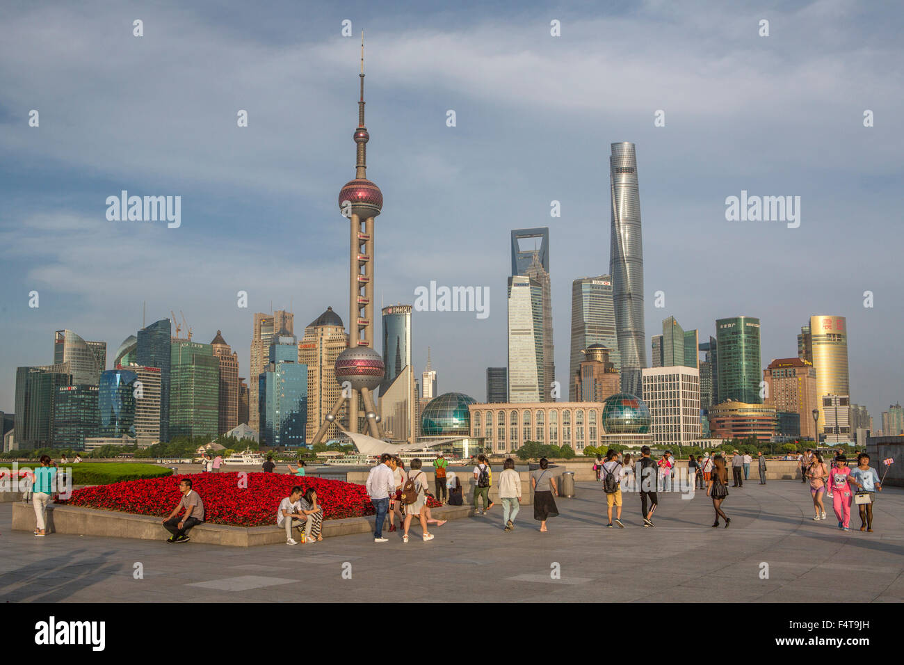 China, Shanghai City, The Bund, Oriental Pearl, World Financial Center and Shanghai Towers - Stock Image