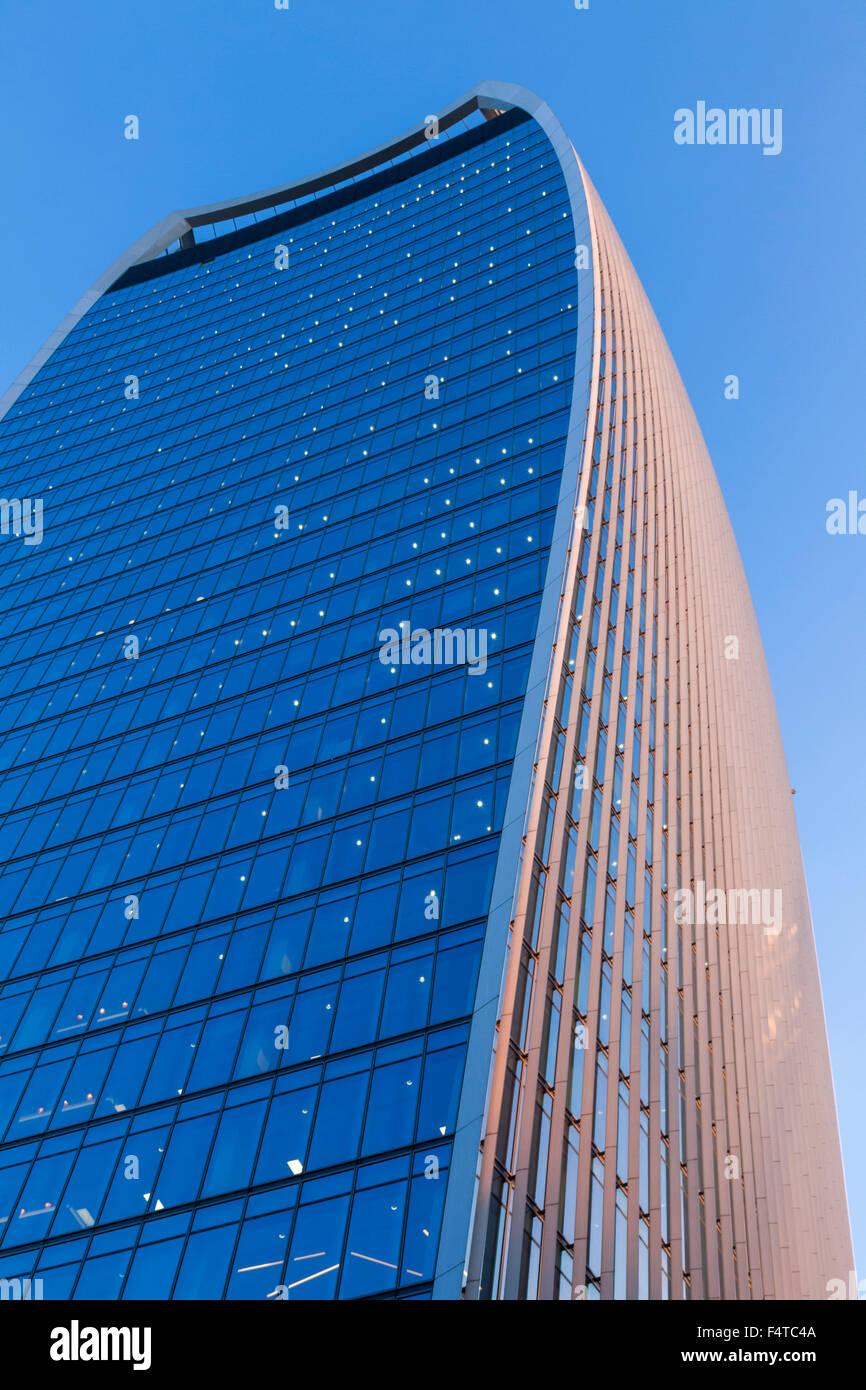 England, London, City, 20 Fenchurch Street aka The Walkie-Talkie Building, Architect Rafael Vinoly - Stock Image