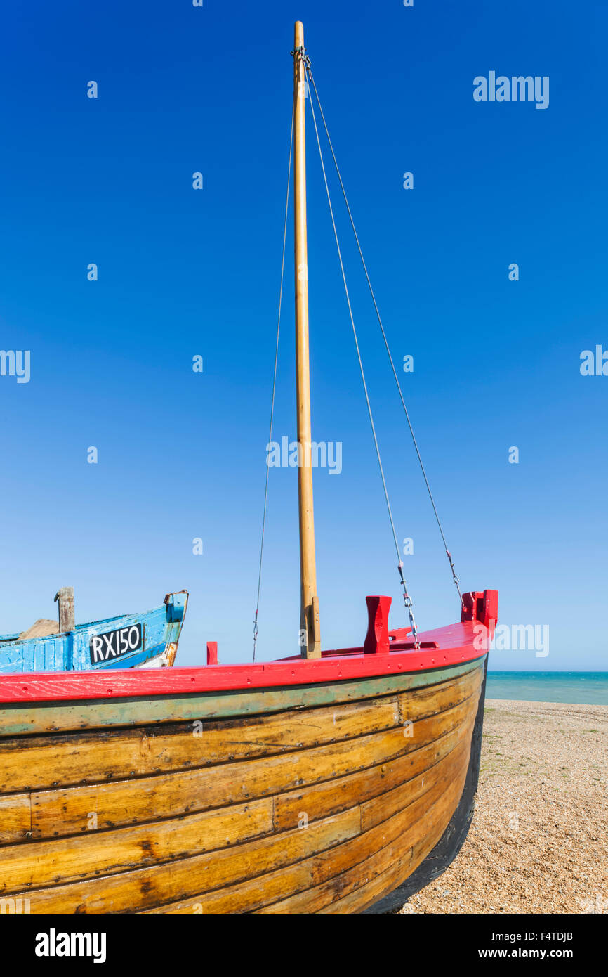 England, East Sussex, Hastings, Old Town, Traditional Fishing Boat and Beach - Stock Image