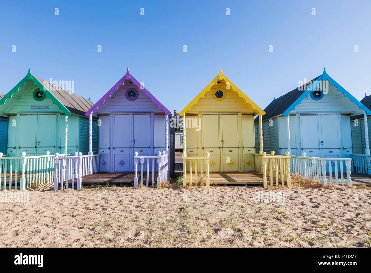 England, Essex, Mersea Island, Beach Huts - Stock Image