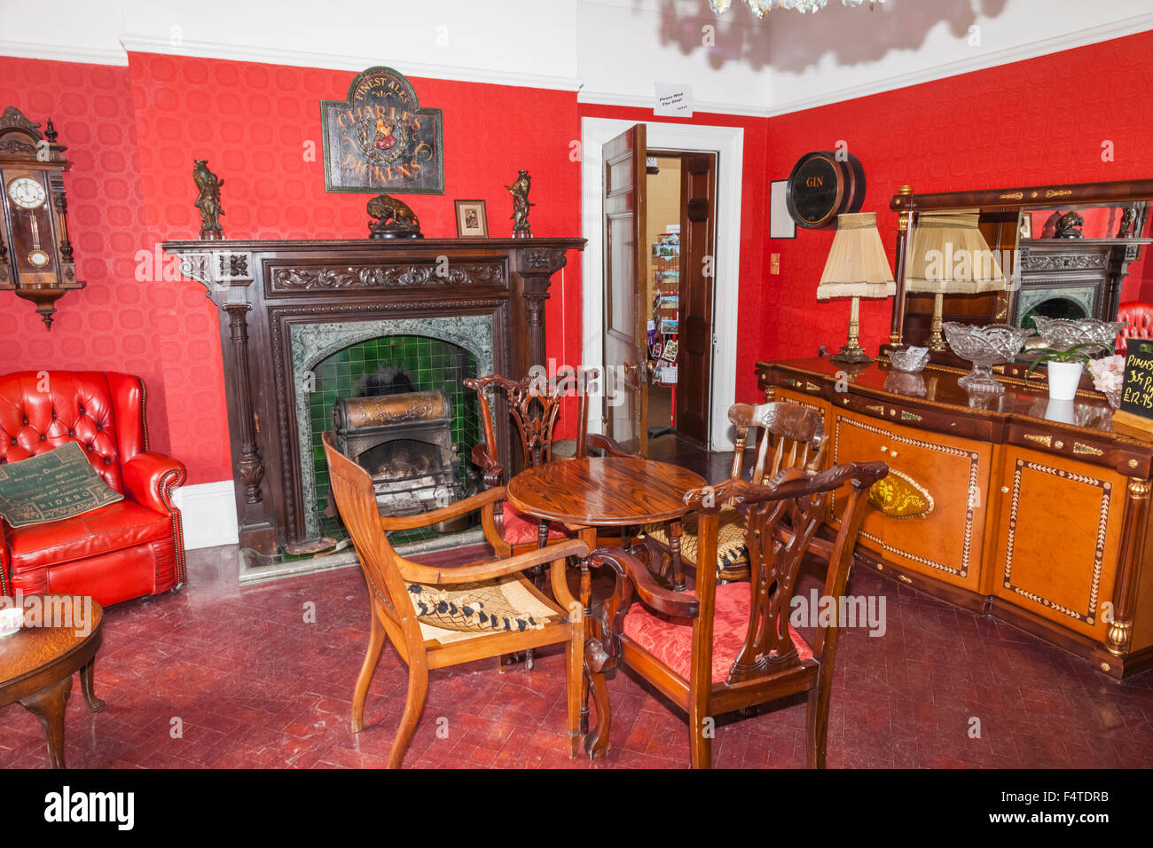 England, Kent, Broadstairs, Bleak House, The Lounge - Stock Image