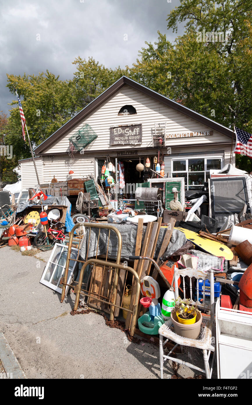 Used goods outside a second hand shop, Maine USA Stock Photo