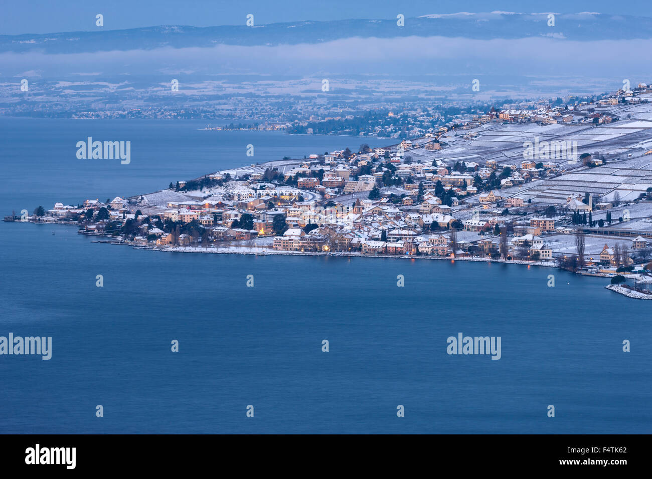Cully, Switzerland, canton, Vaud, lake Geneva, Leman, winter, morning, dusk, twilight, - Stock Image