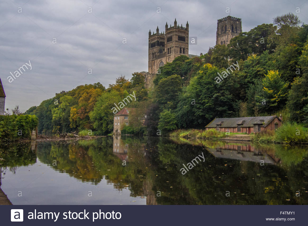 Durham Cathedral and the River Wear, Durham, County Durham, England. - Stock Image