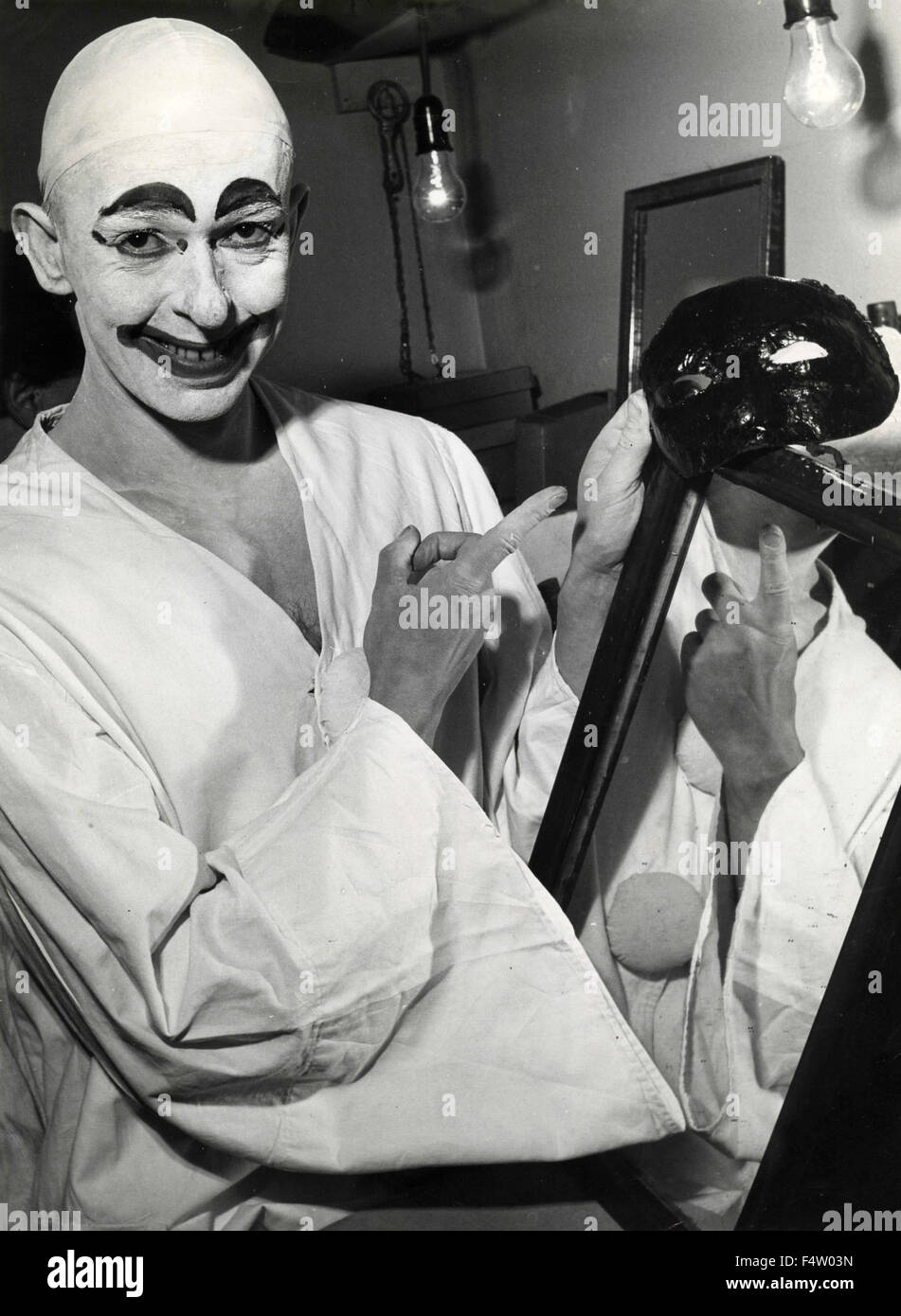 The French actor Marcel Marceau in the dressing room - Stock Image