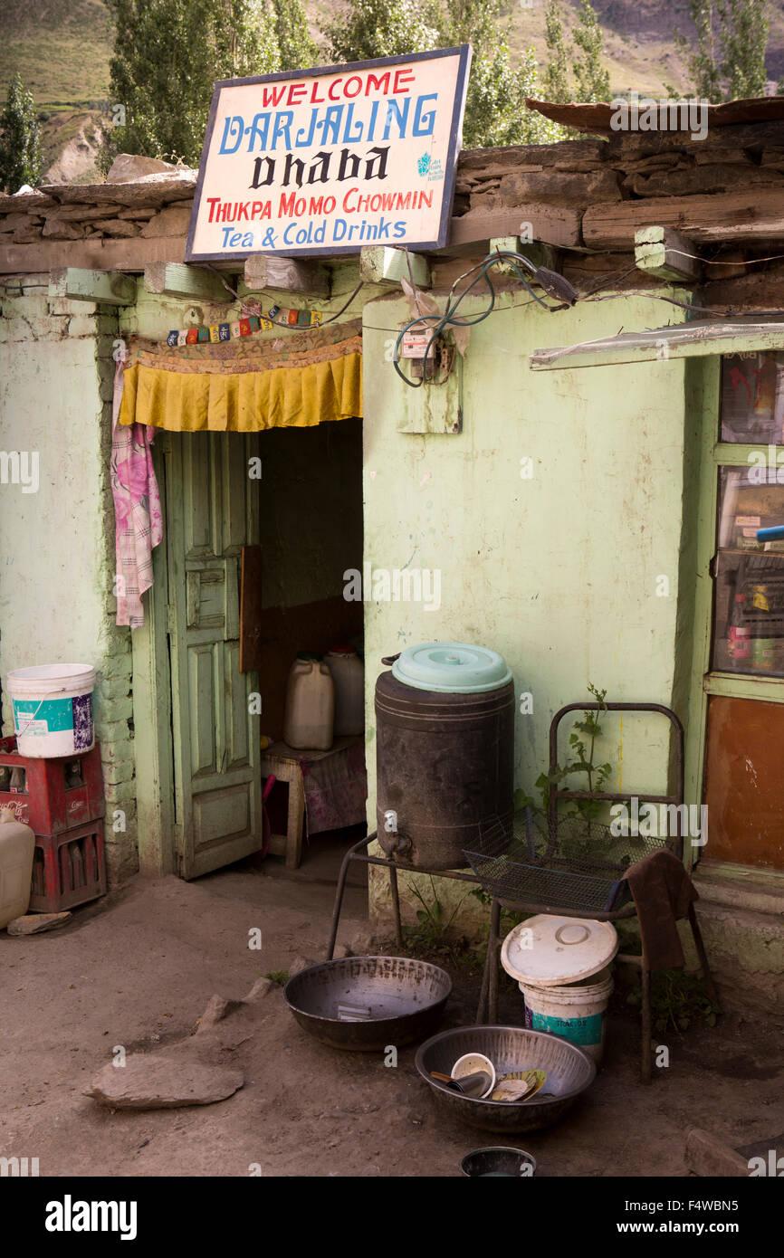 India, Himachal Pradesh, Lahaul and Spiti, Keylong Bazaar, Darjaling Dhaba cafe - Stock Image