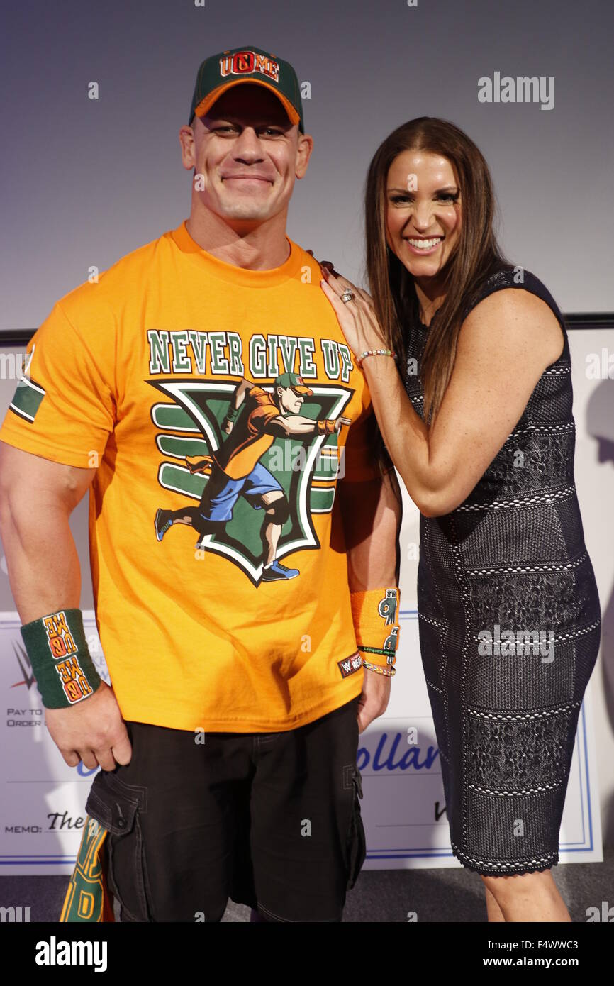 Make-A-Wish Foundation celebrates WWE superstar John Cena's 500th granted wish at Dave & Busters Times Square. - Stock Image