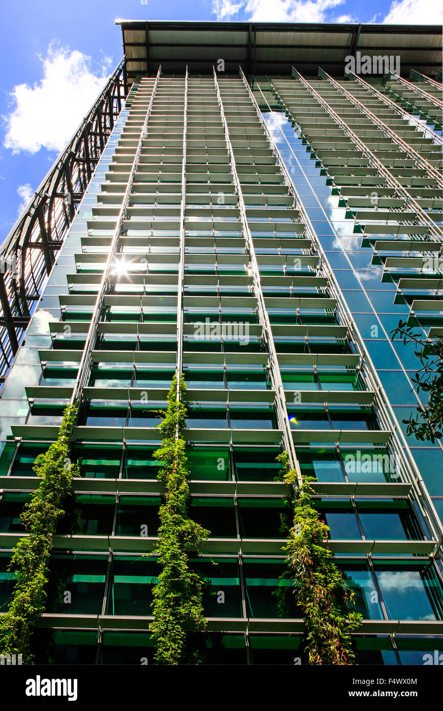 The Edith Green-Wendall Wyatt Federal building Skyscraper on Madison Street in Portland, Oregon - Stock Image