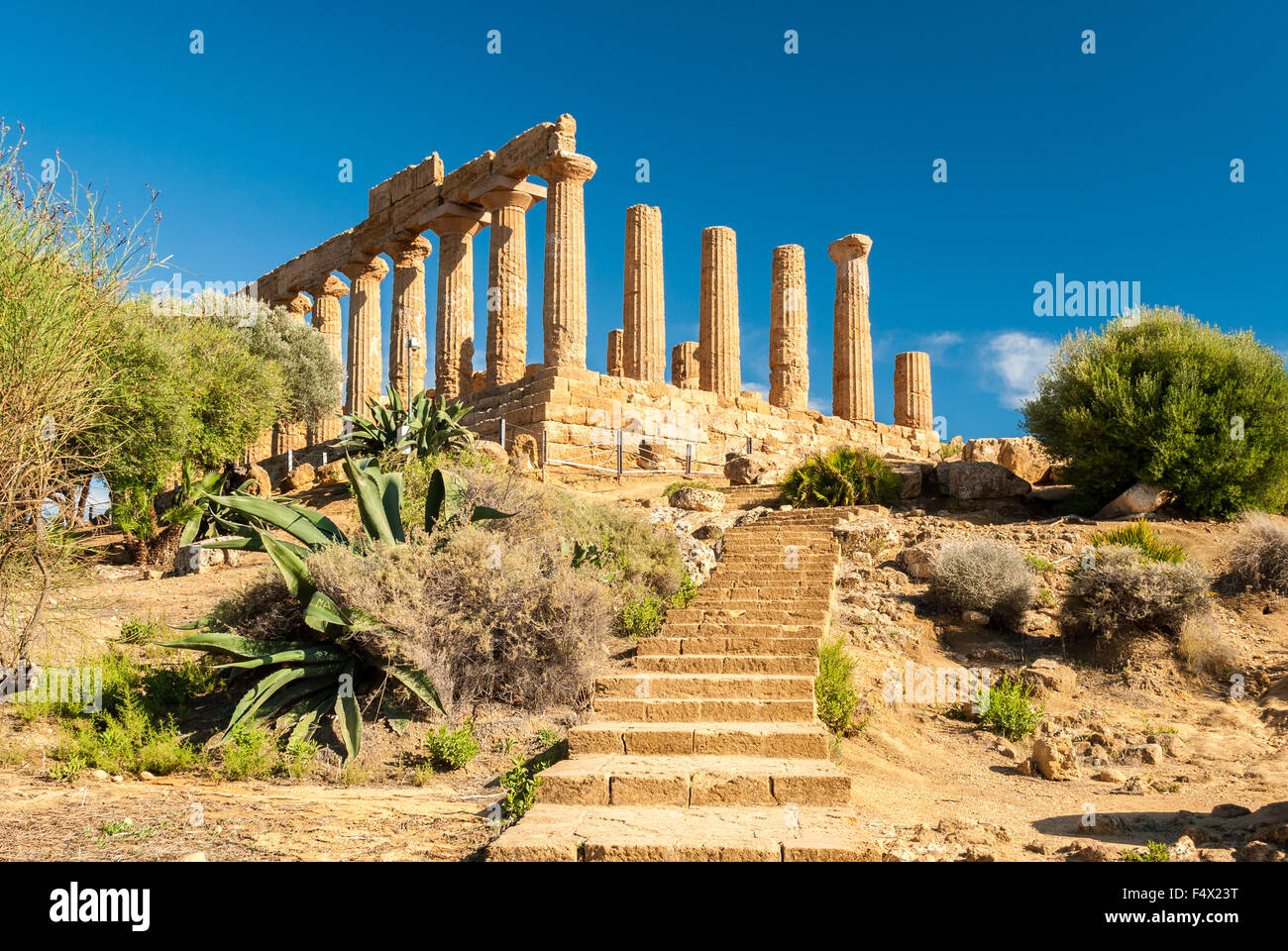 The temple of Juno, in the Valley of the Temples of Agrigento - Stock Image