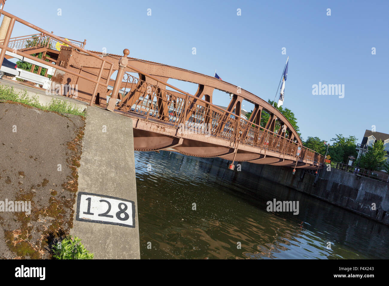 Notable Main Street Lift Bridge over Erie Canal, Fairport, New York State. All 4 corners of bridge are at different - Stock Image