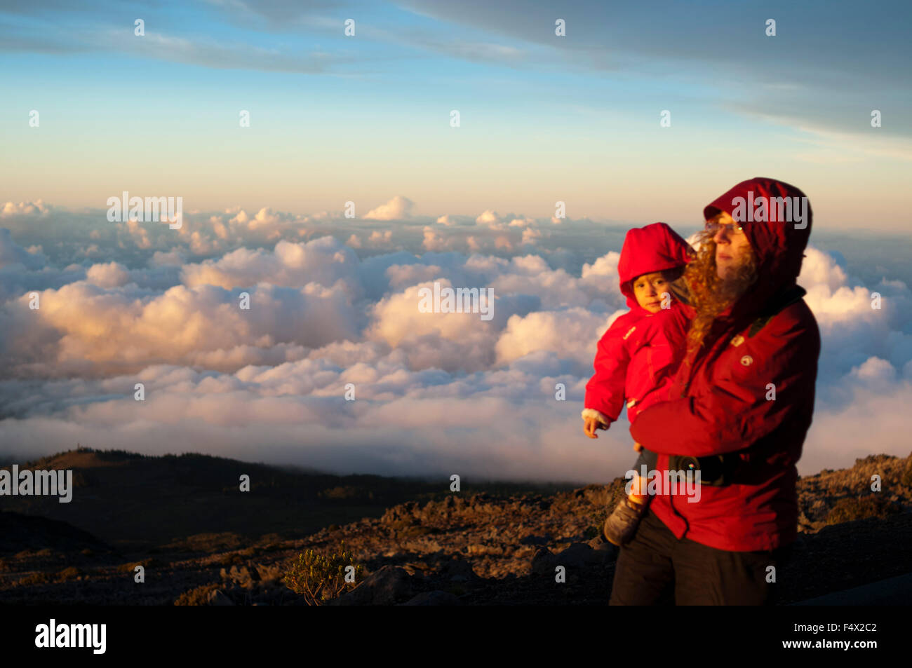 Mother wirh her daughter in Haleakala National Park. Views from the viewpoint of Leleiwi. Maui. Hawaii. Asian  tourists - Stock Image