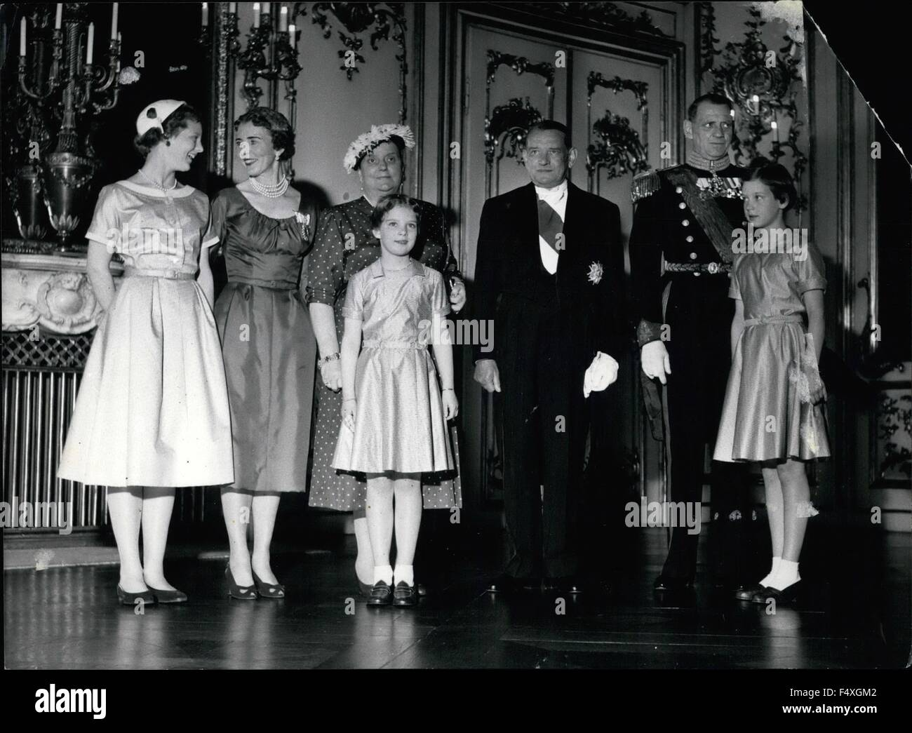 1968 - Photo shows: from left Princess Margrethe, Queen Ingrid Mme Rene Princess Anne Maria, President Rene Coty, - Stock Image